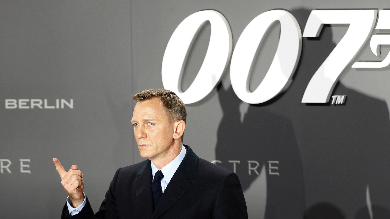 James Bond, 007.