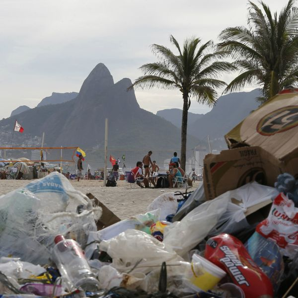 Garbage in Rio