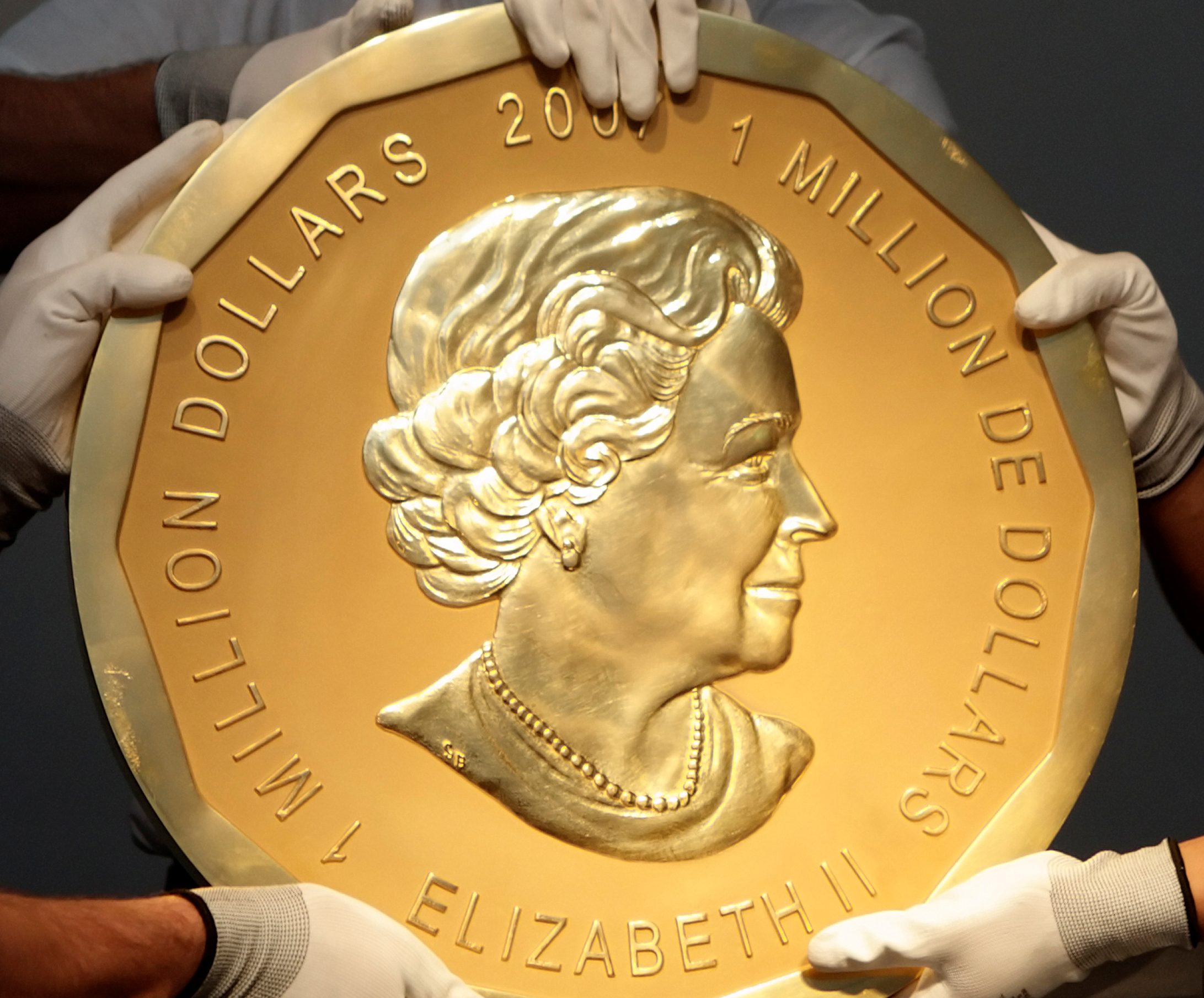 Replica of the 100kg Big Maple Leaf Canadian coin stolen from Berlin's Bode Museum on Monday