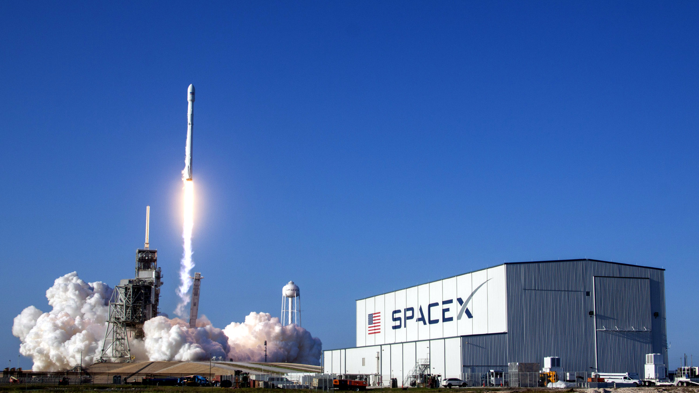 SpaceX SES-10 lift-off.