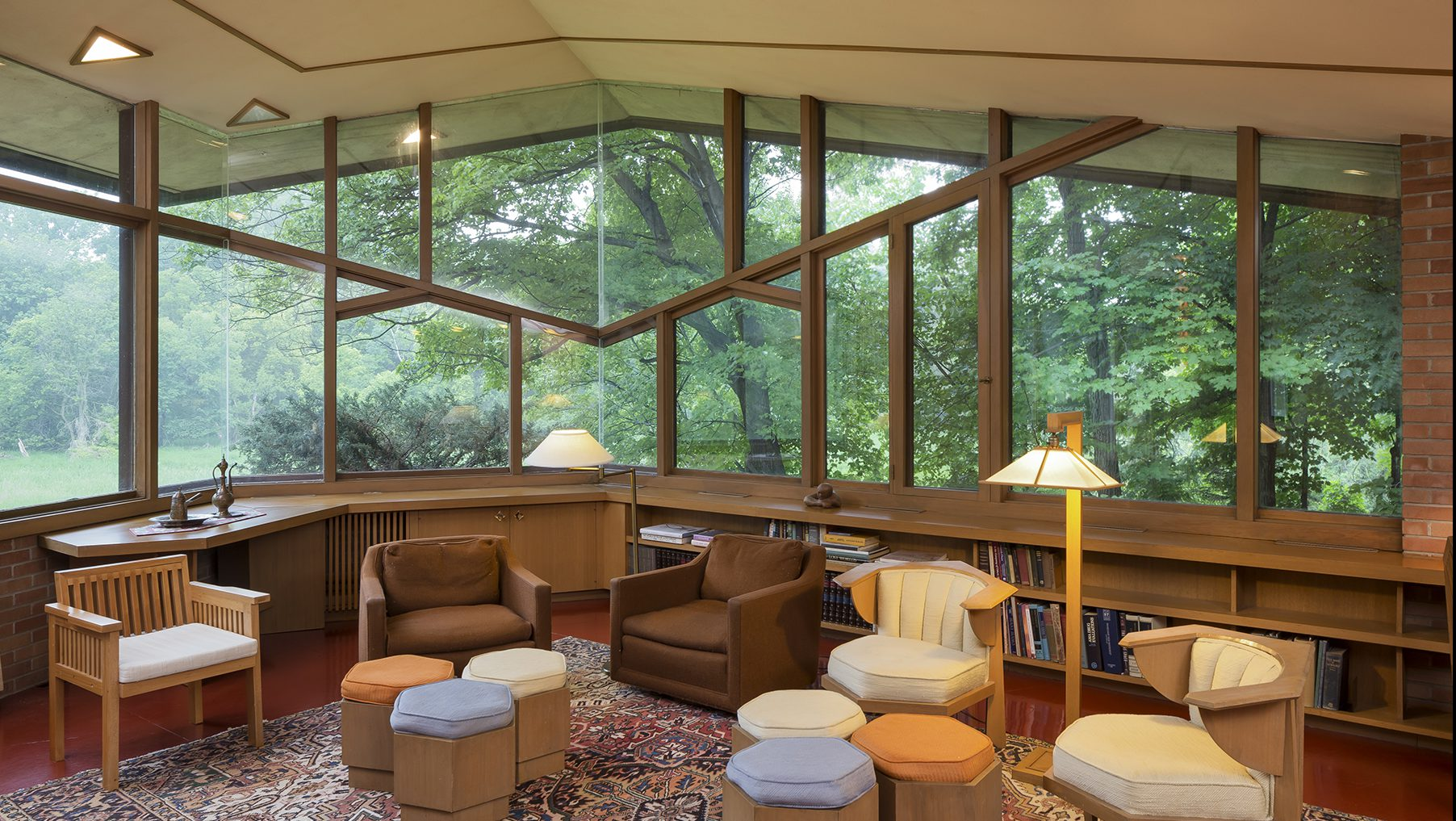 The Original Owners Of A Frank Lloyd Wright Designed Dream House Are  Selling, Furniture Included