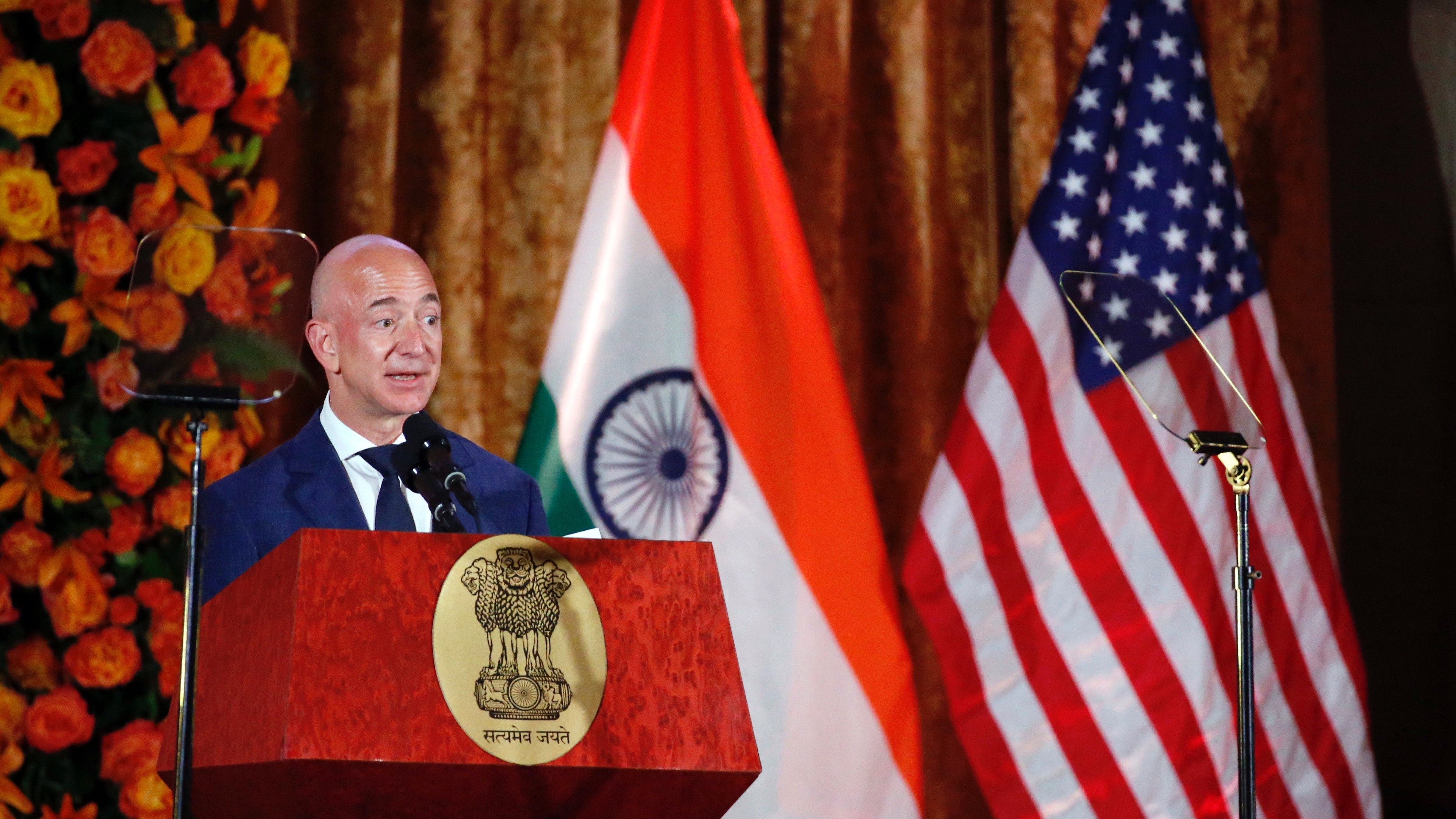 Amazon founder and CEO Jeff Bezos speaks after receiving the Global Leadership Award during the U.S.-India Business Council 41st Annual Leadership Summit, Tuesday, June 7, 2016 in Washington. (AP Photo/Alex Brandon)