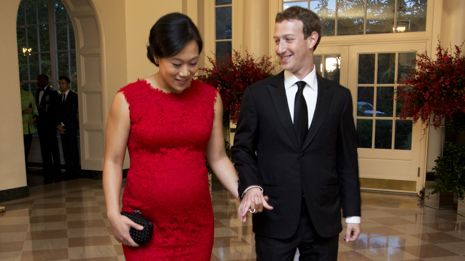 Facebook Chairman and Chief Executive Officer Mark Zuckerberg and his wife Priscilla Chan, arrive for a State Dinner in honor of Chinese President Xi Jinping, in the East Room of the White House in Washington, Friday, Sept. 25, 2015.  (AP Photo/Manuel Balce Ceneta)