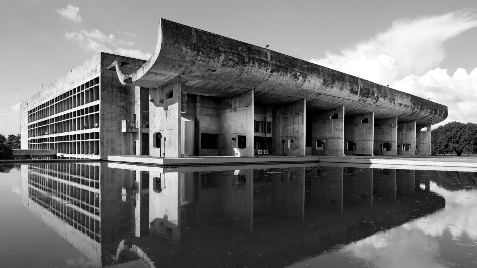 A photographer captures the evolution of Le Corbusier\'s Chandigarh ...