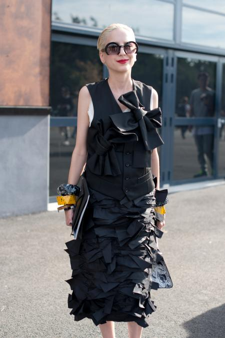 PARIS, FRANCE - JUNE 28: A Guest wears a Comme des Garcons dress, and Miu Miu sunglasses on day 5 of Paris Fashion Week Menswear Spring/Summer 2016 on June 28, 2015 in Paris, France. (Photo by Kirstin Sinclair/Getty Images)