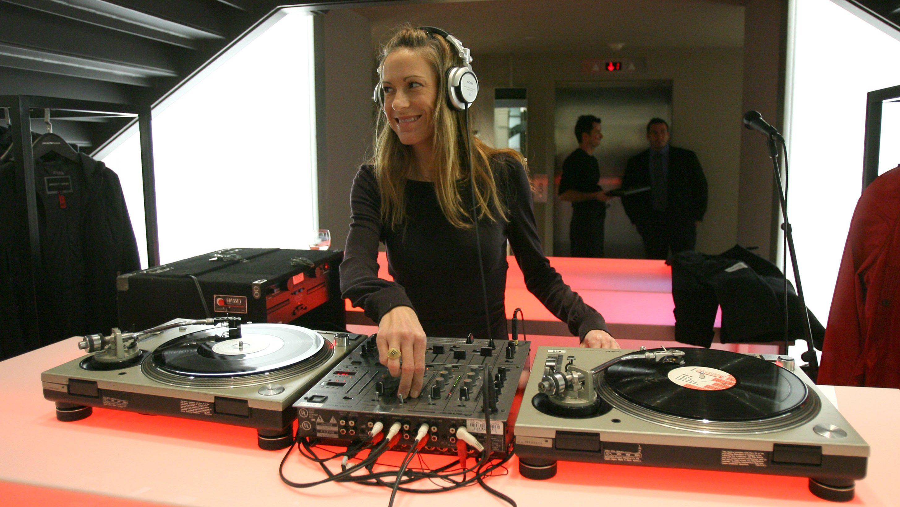 liza richardson music supervisor