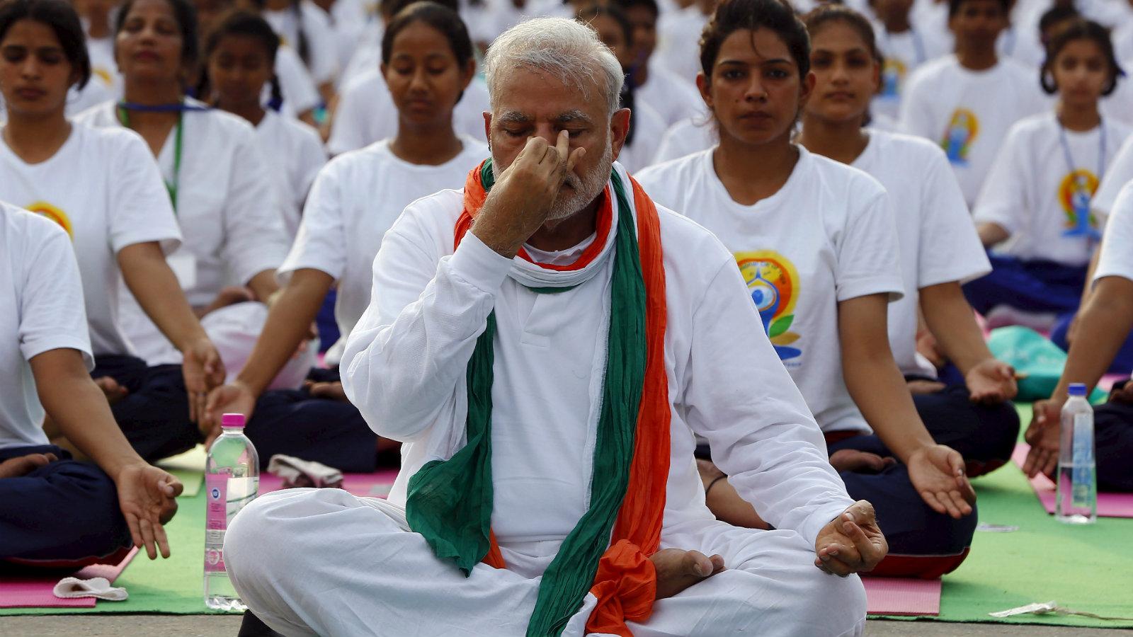 India-modi-Hinduism-yoga