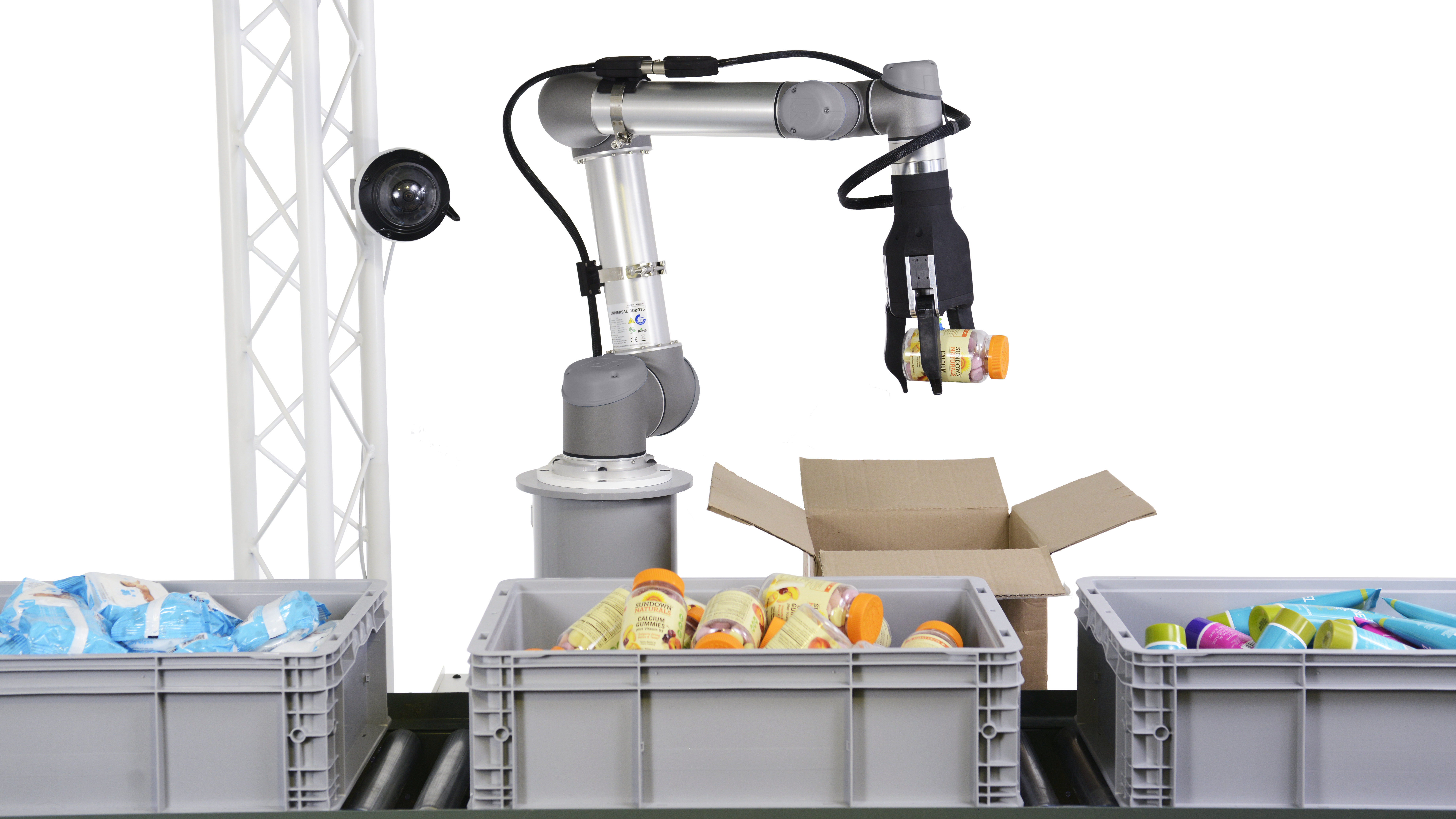 """RightHand robotics' RightPick is at work picking """"thousands of orders"""" in pilot programs at warehouses."""