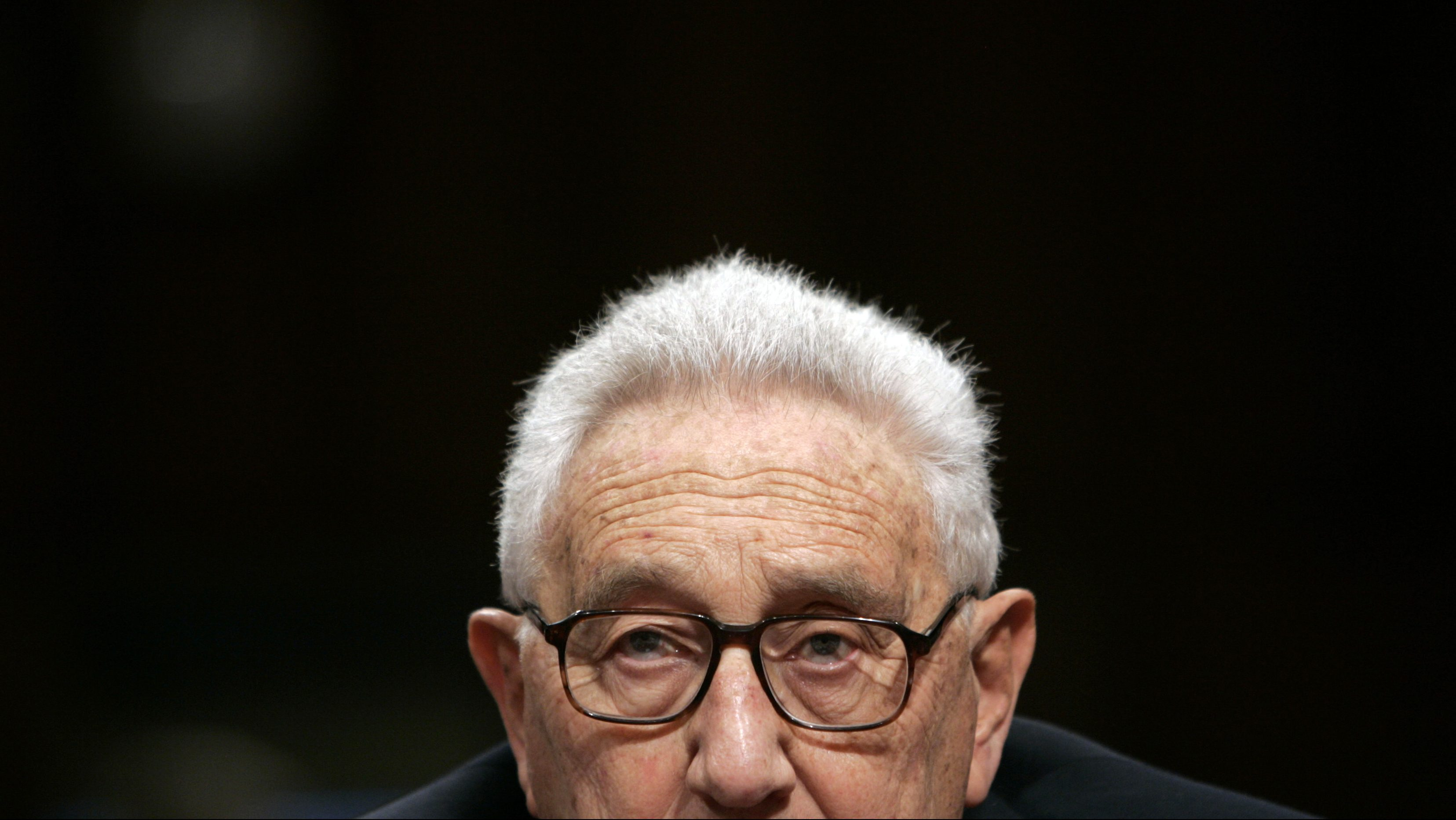 Former U.S. Secretary of State Henry Kissinger listens to questions during a Senate Foreign Relations Committee hearing on Capitol Hill in Washington, January 31, 2007.   REUTERS/Jim Young    (UNITED STATES) - RTR1LU5M