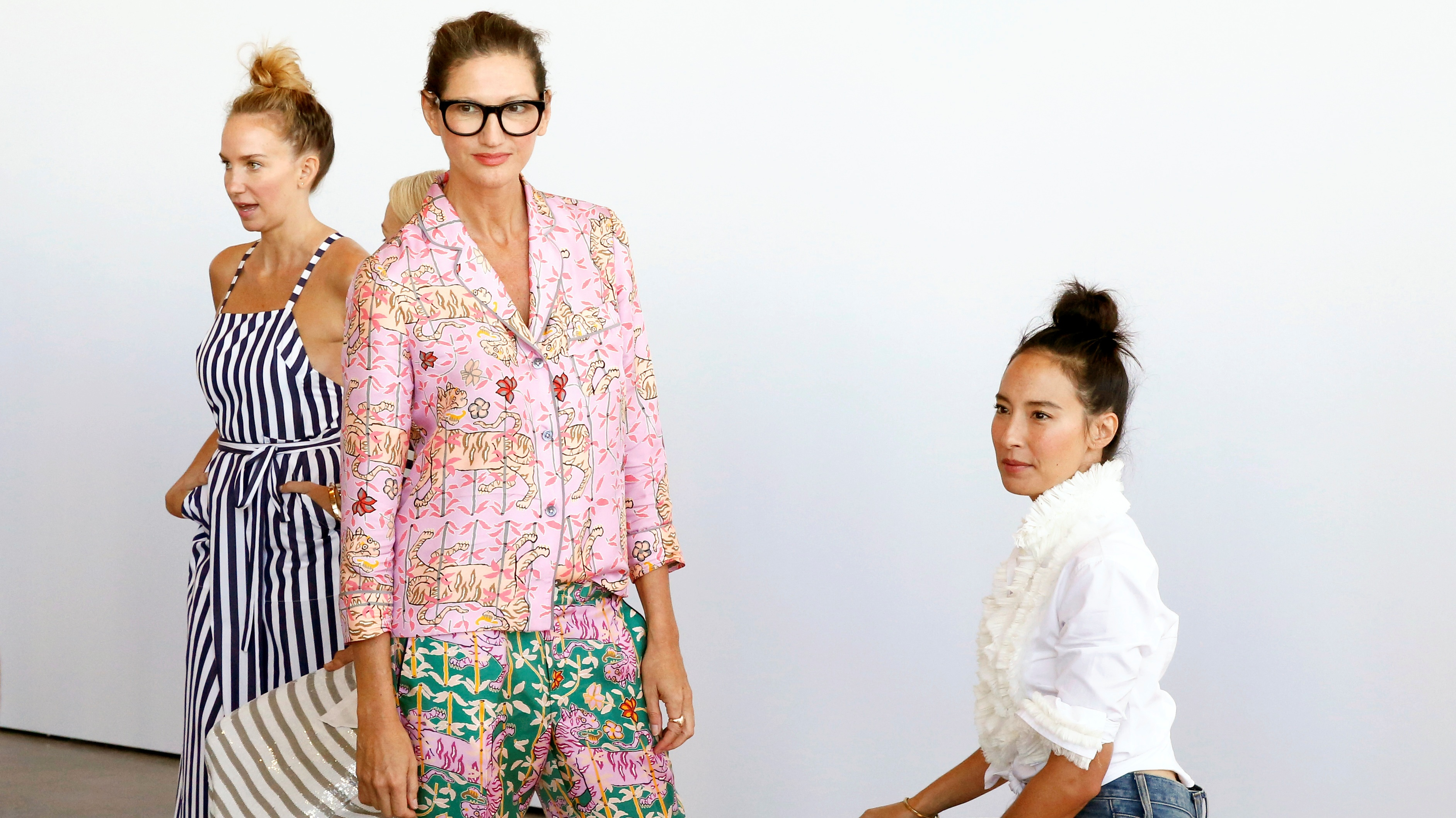 J. Crew creative director Jenna Lyons (C) stops for a photograph during a presentation of the J. Crew Spring/Summer 2017 collection during New York Fashion Week in the Manhattan borough of New York, U.S., September 11, 2016. REUTERS/Lucas Jackson