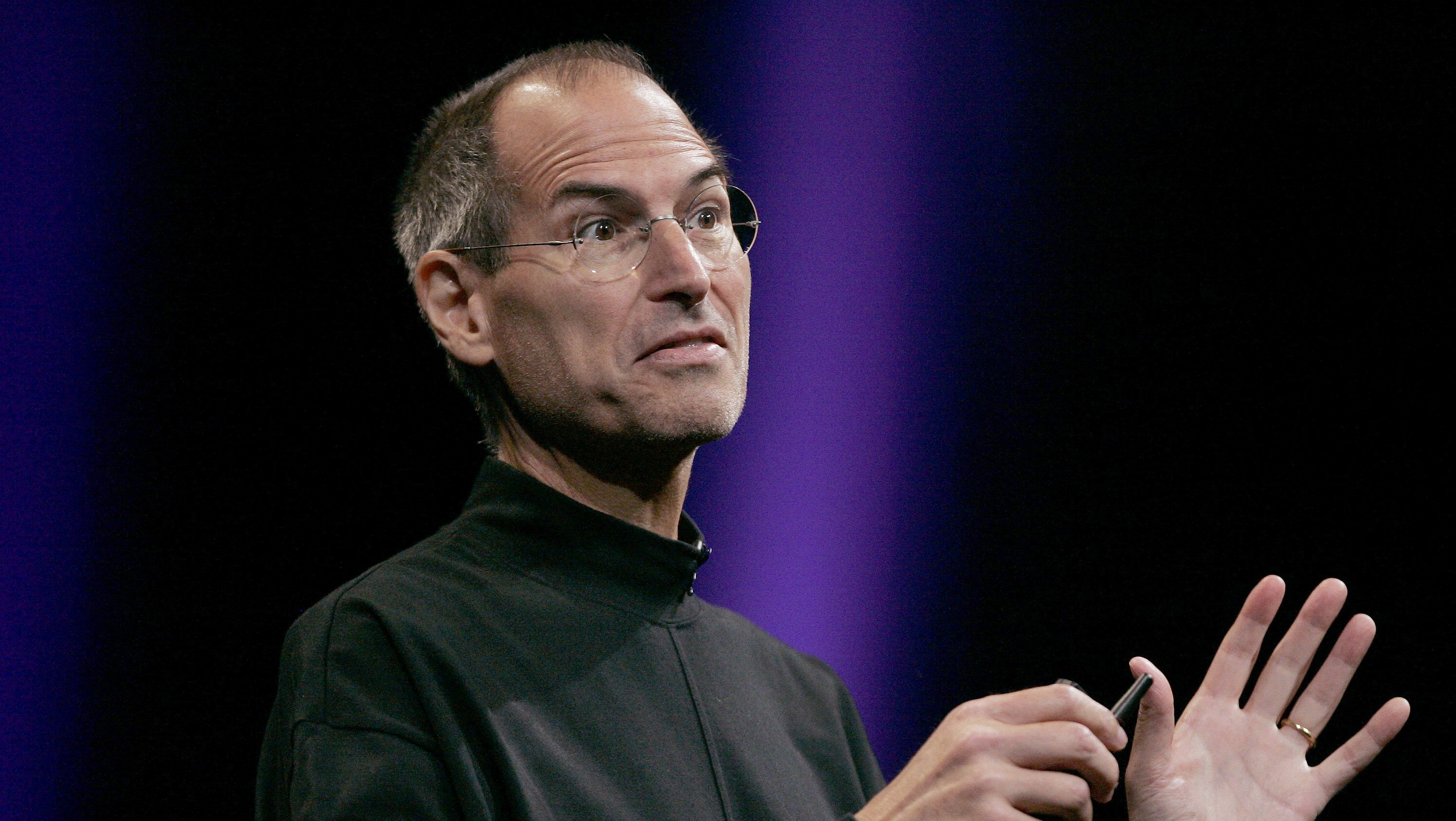pple Corporation CEO Steve Jobs speaks during his keynote speech at the Apple Worldwide Developers Conference in San Francisco, California June 9, 2008.