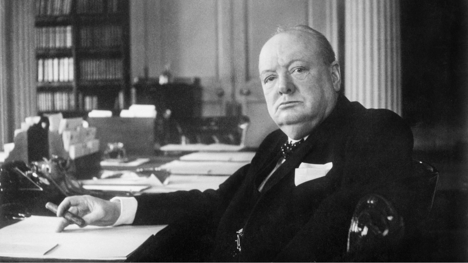 Why did Winston Churchill hate the Hindus and prefer the
