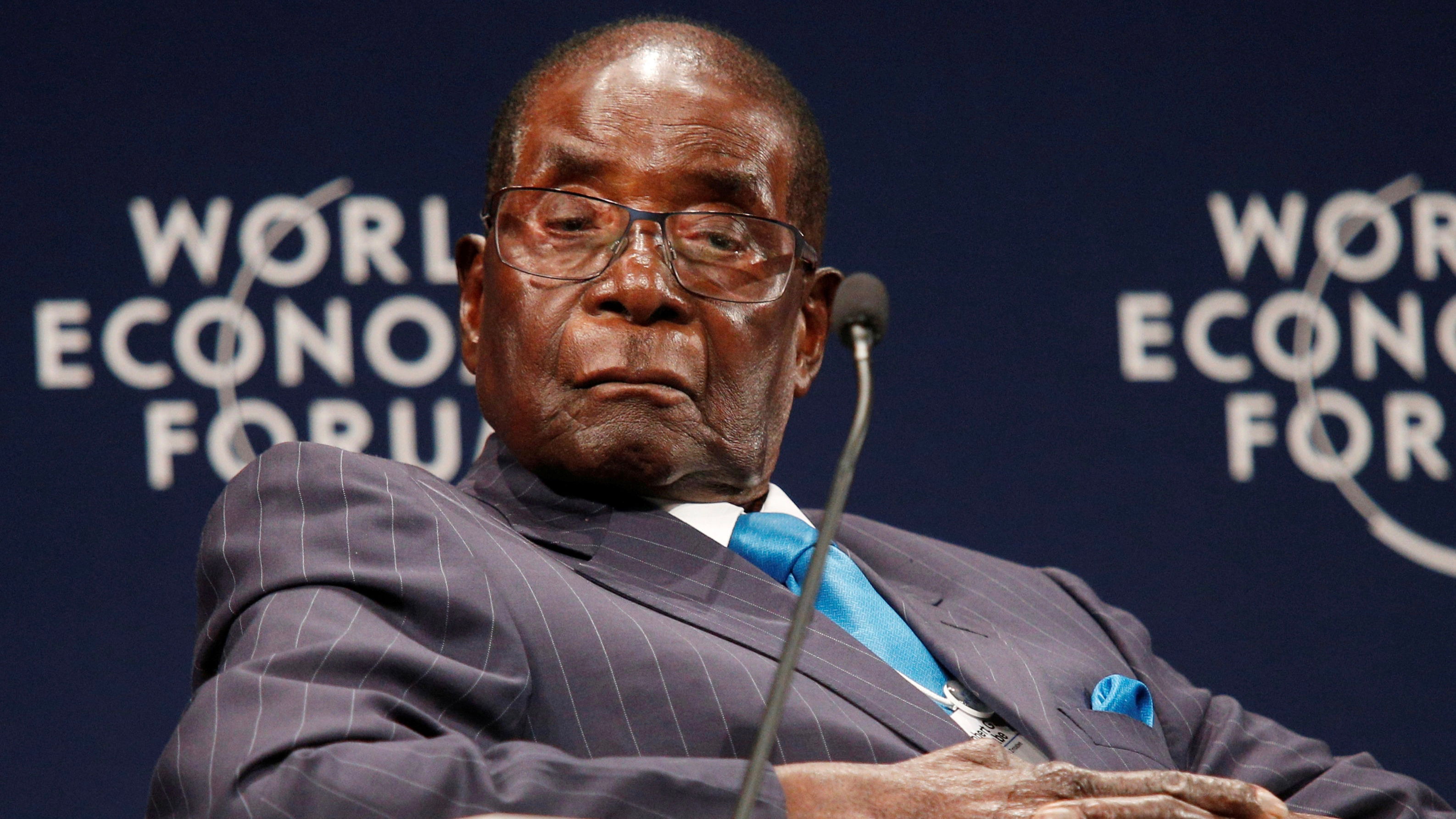 Zimbabwean President Robert Mugabe participates in a discussion at the World Economic Forum on Africa 2017 meeting in Durban, South Africa May 4, 2017. REUTERS/Rogan Ward     TPX IMAGES OF THE DAY - RTS154DV