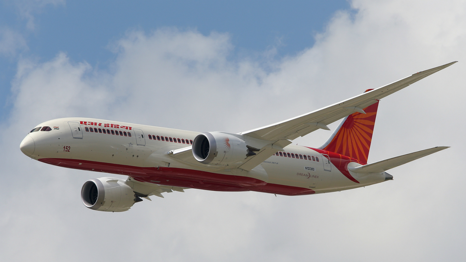An Air India Airlines Boeing 787 dreamliner takes part in a flying display during the 50th Paris Air Show at the Le Bourget airport near Paris, June 14, 2013. The Paris Air Show runs from June 17 to 23.