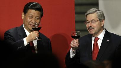 Chinese Vice President Xi Jinping and Iowa Gov. Terry Branstad, right, raise their glasses during a toast at a formal dinner in the rotunda at the Iowa Statehouse, Wednesday, Feb. 15, 2012, in Des Moines, Iowa.