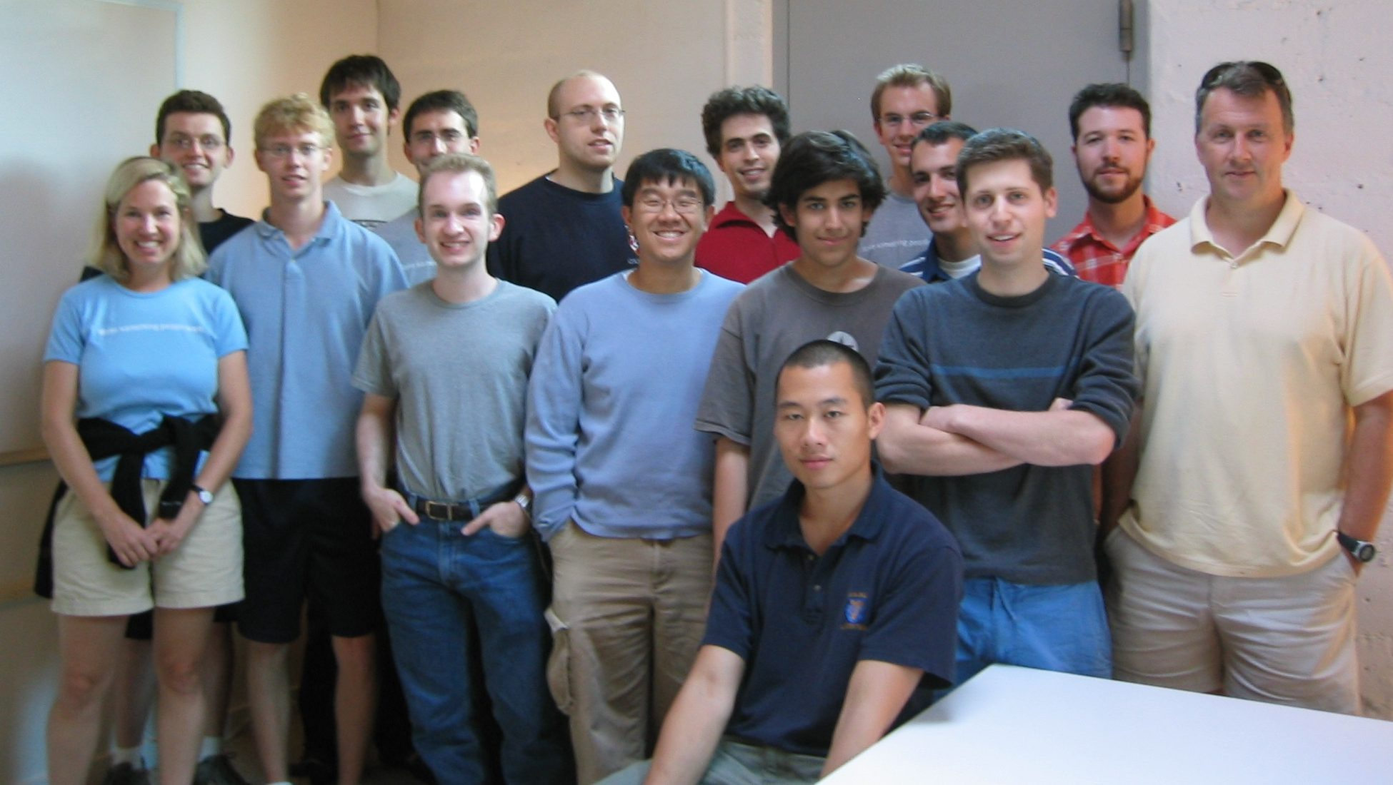Sam Altmans Y Combinator Will Back 10000 Startups To Prove Theres