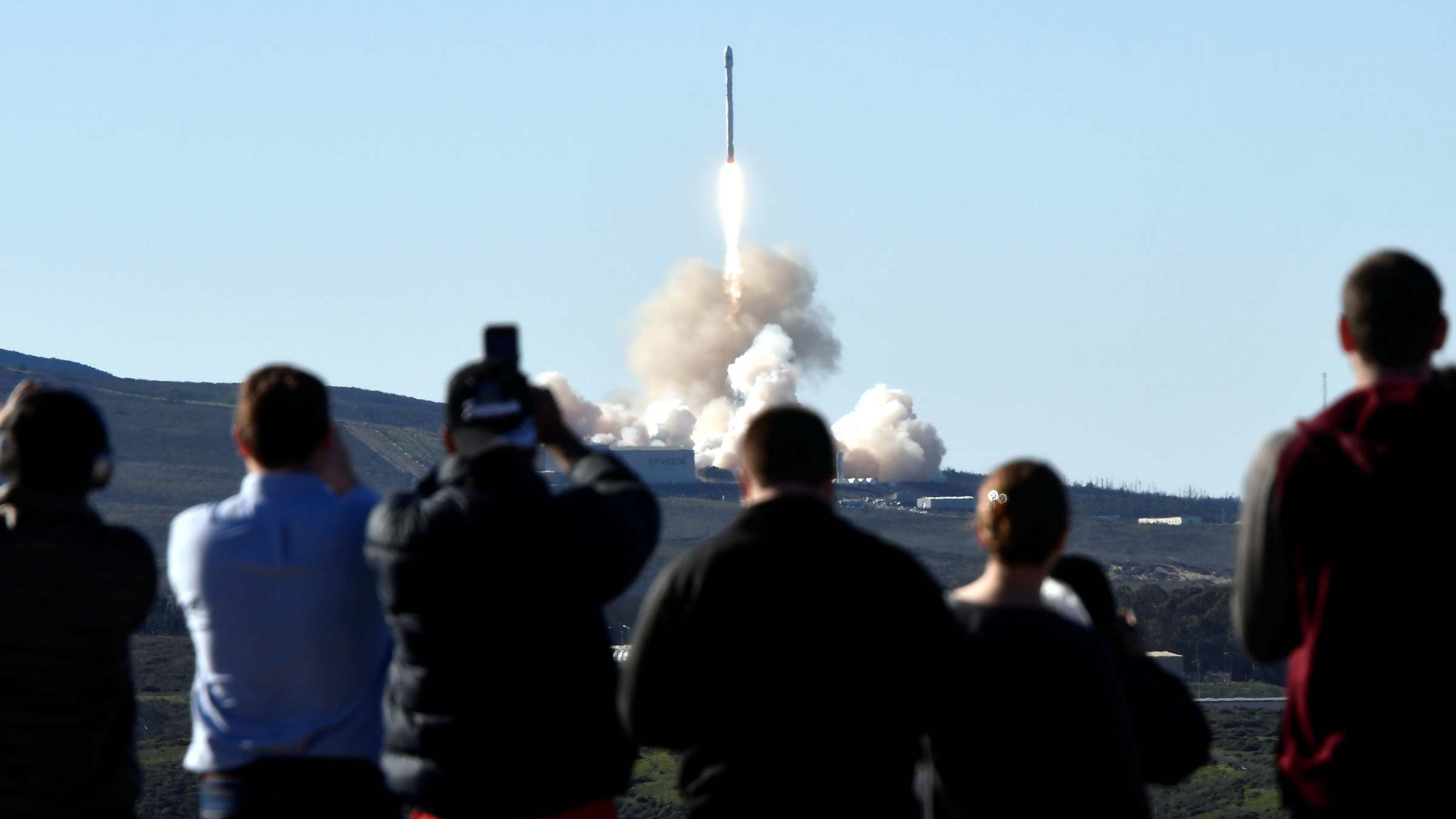 SpaceX Falcon rocket lifts off from Space Launch Complex 4E at Vandenberg Air Force Base, California, U.S., January 14, 2017.