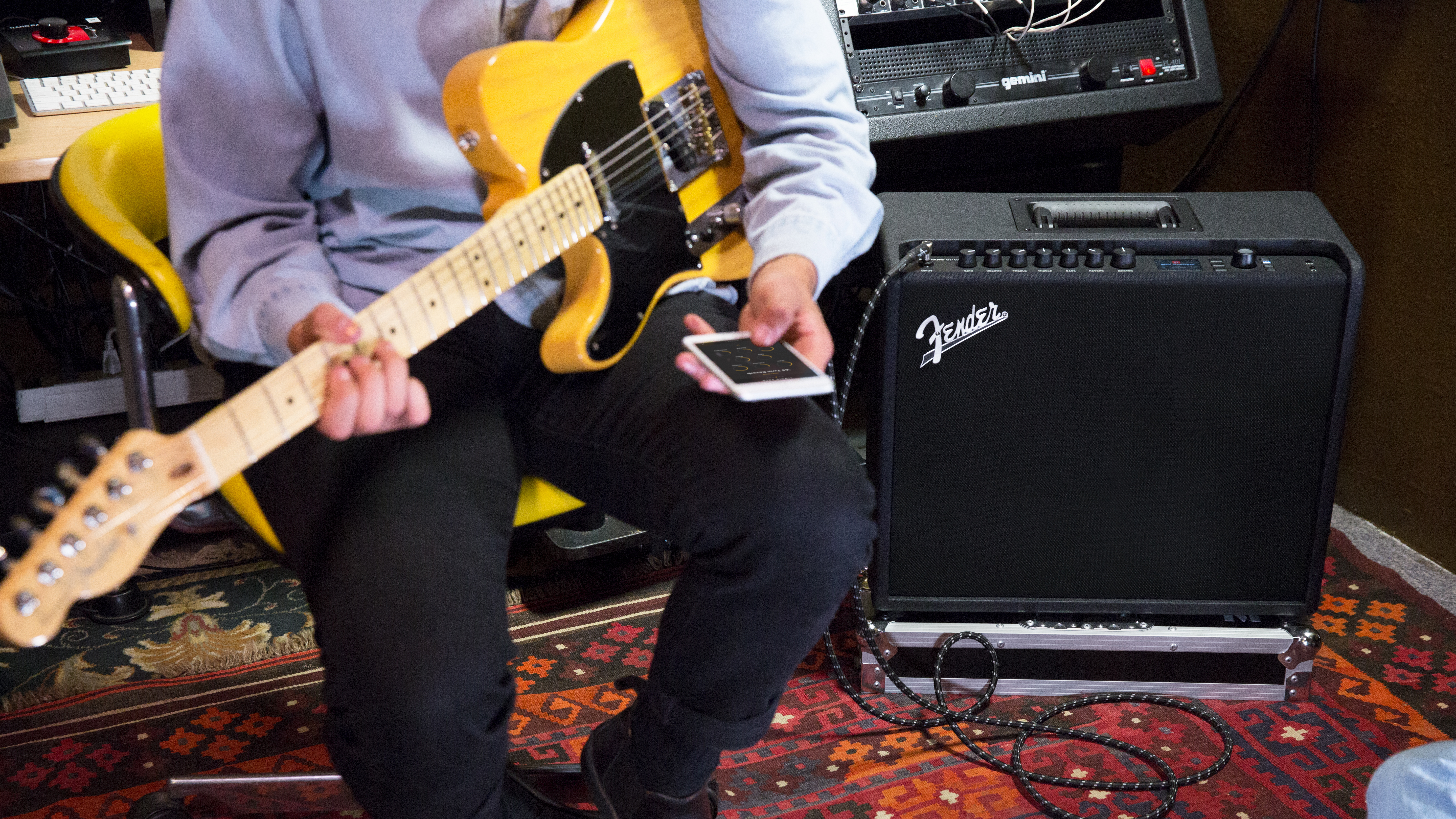 Fenders Mustang Gt Is The Tesla Of Guitar Amplifiers It Gets Fenderr Forums O View Topic Strat Tone Control For Every Pickup Better Over Time Quartz