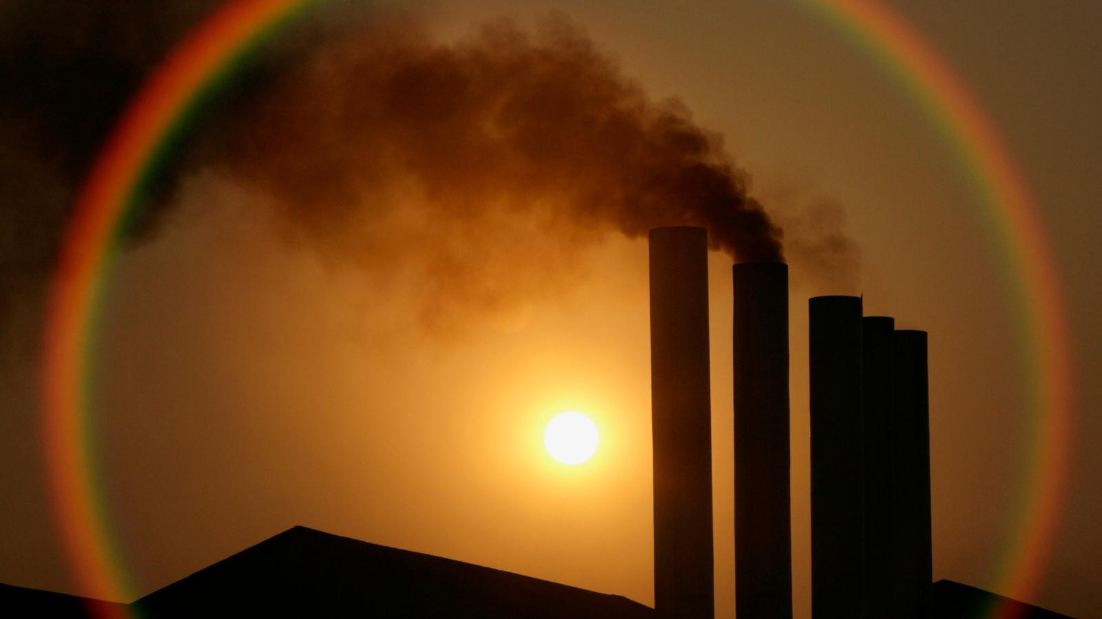 fossil fuel subsidies continue to put tax money in polluters