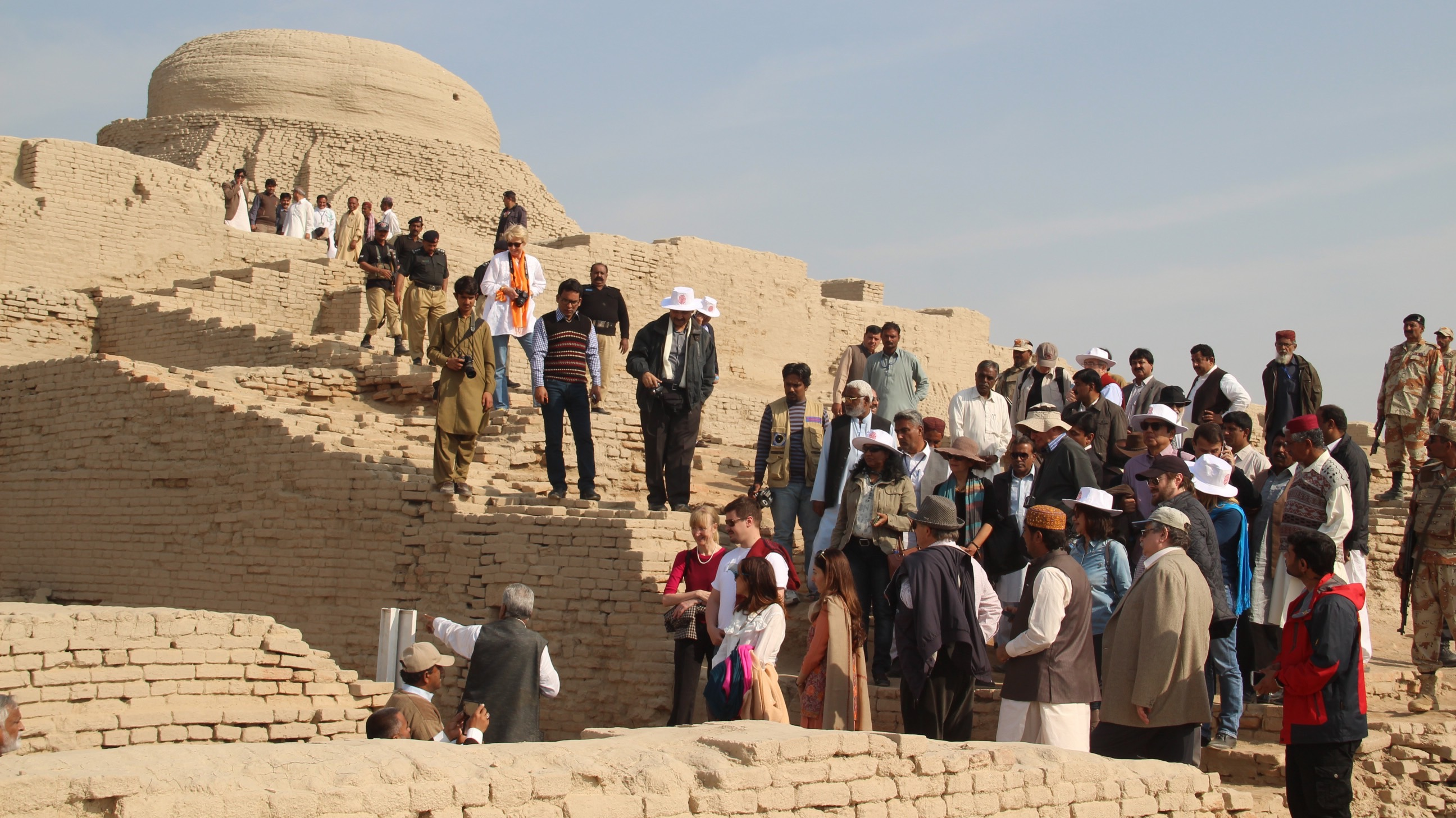 epa05077046 Ambassadors of foreign countries to Islamabad, visit archeological site Mohenjo-daro in Sindh province, Pakistan, 20 December 2015. Mohenjo-daro, literally meaning Mound of the Dead, is an ancient city built in about 2,600 BCE and was one of the main centers of the Indus Valley Civilization inhabited by about 50,000 people.  EPA/WAQAR HUSSAIN