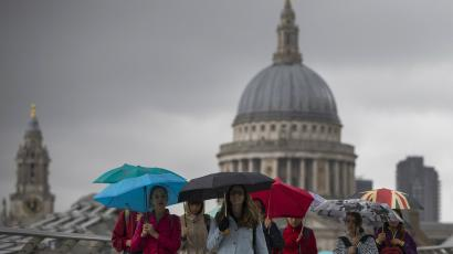 Rain by St Paul's cathedral in London