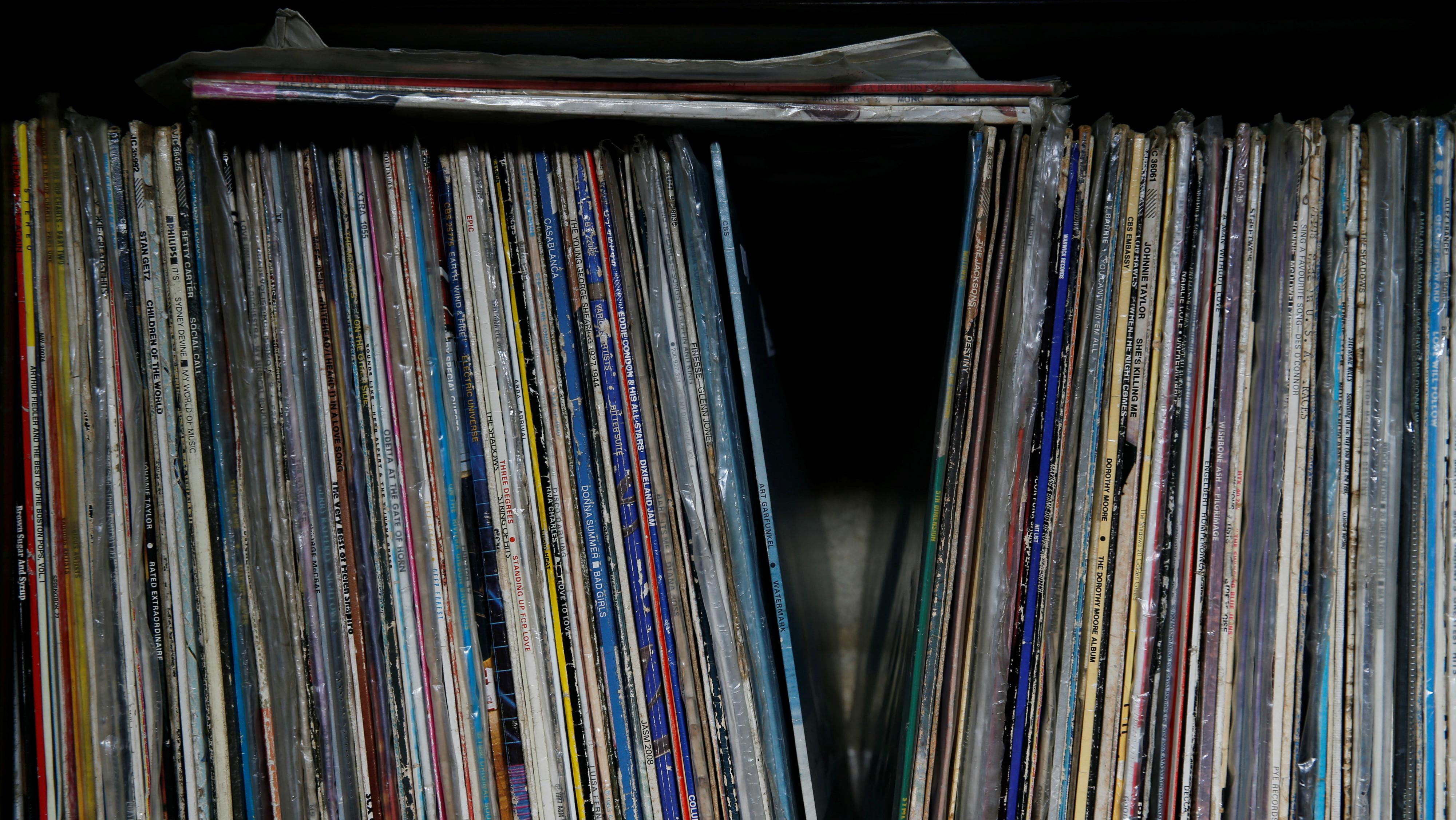 c-vinyl-RTST8MJ-Thomas Mukoya