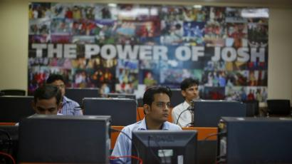 India-IT-outsourcing-H-1B-Donald Trump