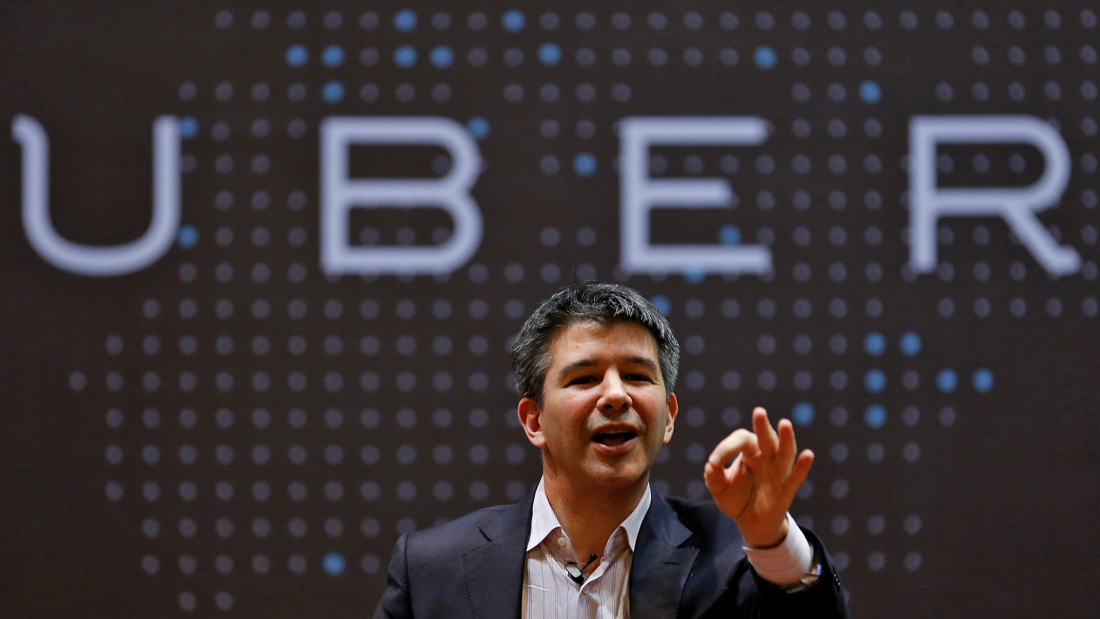 FILE PHOTO - Uber CEO Travis Kalanick speaks to students during an interaction at the Indian Institute of Technology (IIT) campus in Mumbai, India on January 19, 2016. REUTERS/Danish Siddiqui/File photo