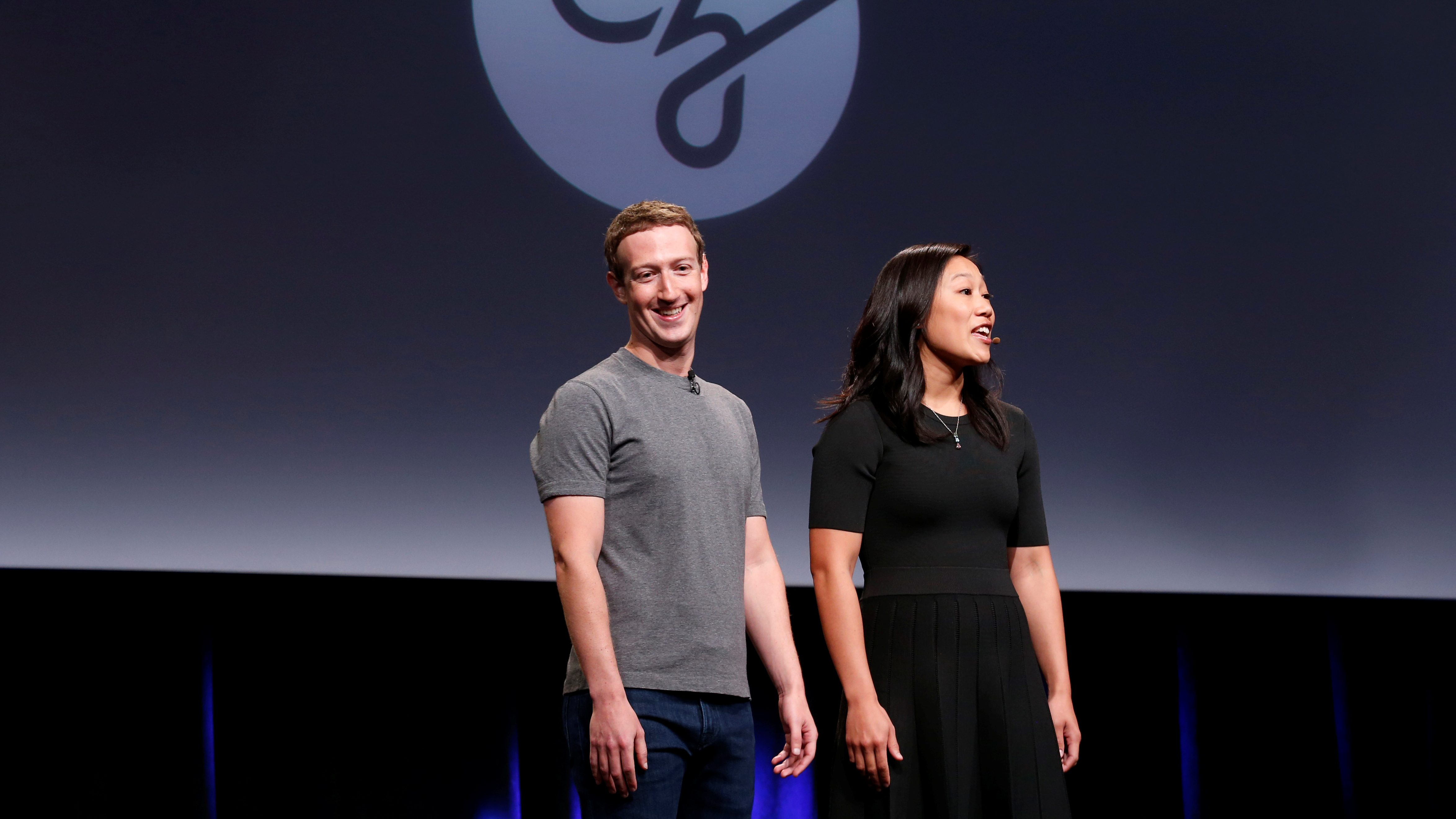 """Priscilla Chan and her husband Mark Zuckerberg announce the Chan Zuckerberg Initiative to """"cure, prevent or manage all disease"""" by the end of the century during a news conference at UCSF Mission Bay in San Francisco, California, U.S. September 21, 2016."""