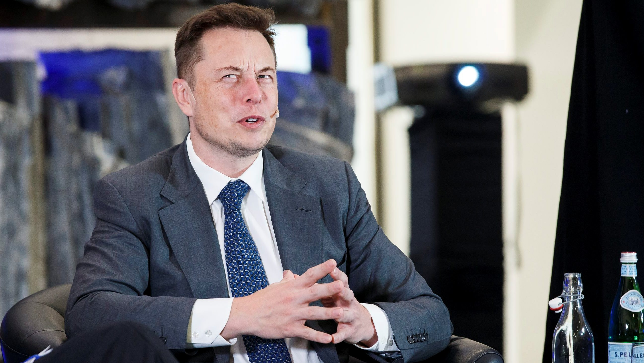CEO of Tesla Motors Elon Musk attends an environmental conference at Astrup Fearnley Museum in Oslo, Norway April 21, 2016. NTB Scanpix/Heiko Junge/via REUTERS ATTENTION EDITORS - THIS IMAGE WAS PROVIDED BY A THIRD PARTY. FOR EDITORIAL USE ONLY. NORWAY OUT. NO COMMERCIAL OR EDITORIAL SALES IN NORWAY. NO COMMERCIAL SALES. - RTX2B1W3