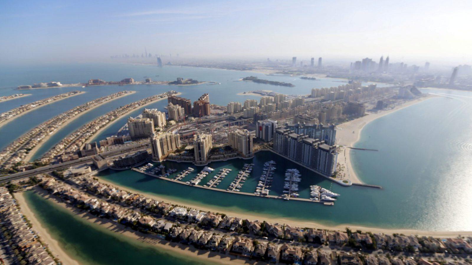 A general view of the Jumeirah neighbourhood in Dubai, UAE December 9, 2015. Picture taken December 9, 2015.