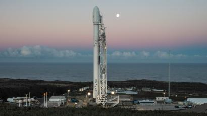 A SpaceX Falcon 9 rocket with Iridium satellites waiting to launch in Jan. 2017.