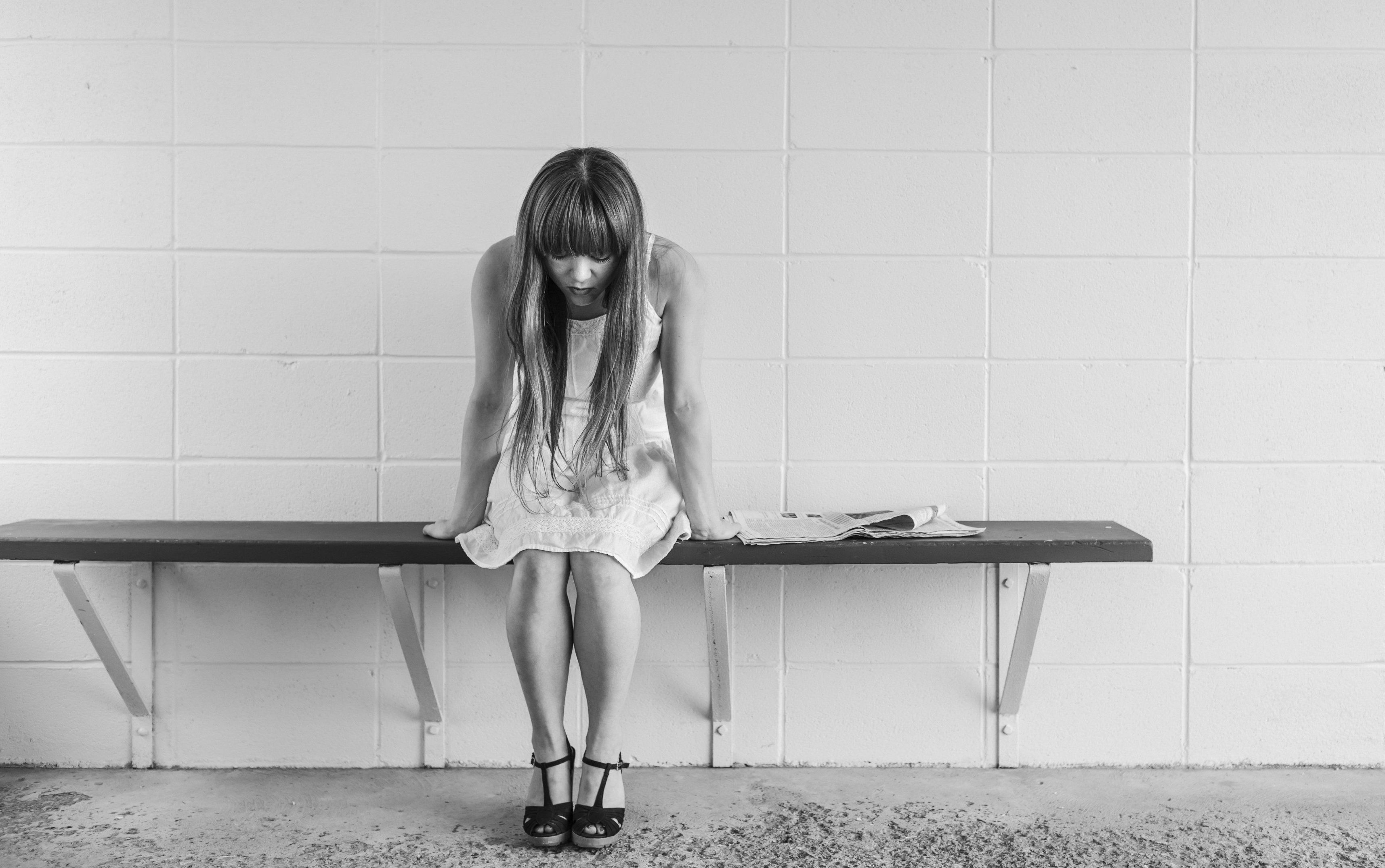worried-girl-413690-edit