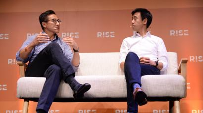 11 July 2017; CENTRE Transforming a news company in 2017 - Joe Tsai, Co-Founder & Executive Vice Chairman, Alibaba Group, left and Gary Liu, CEO, South China Morning Post, on stage during the opening day of RISE 2017 in Hong Kong. Photo by Cody Glenn / RISE / Sportsfile