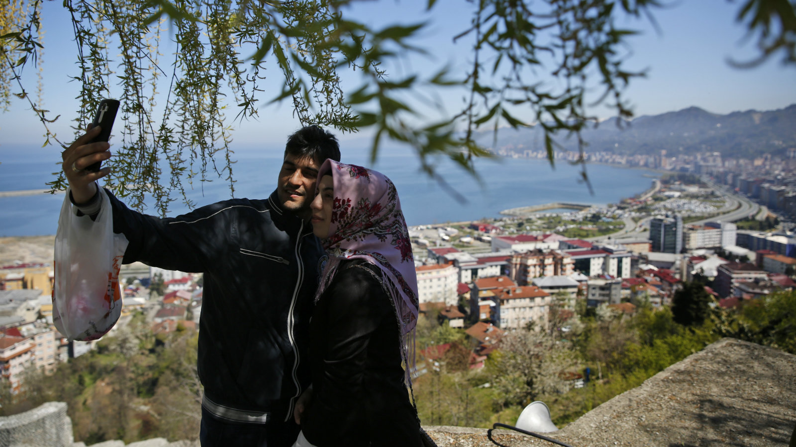 A couple in Rize, Turkey.