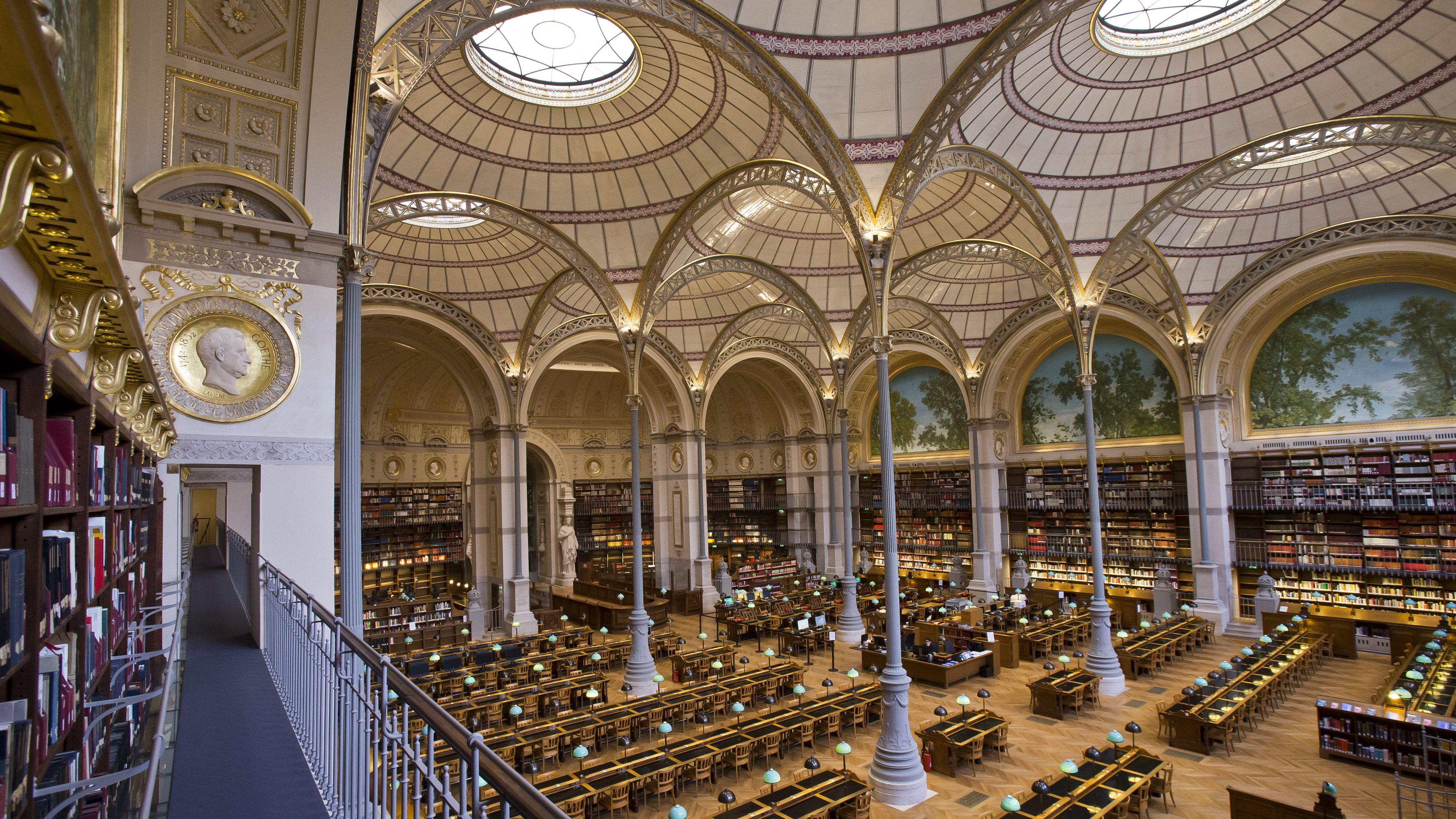 национальная библиотека франции внутри фото как