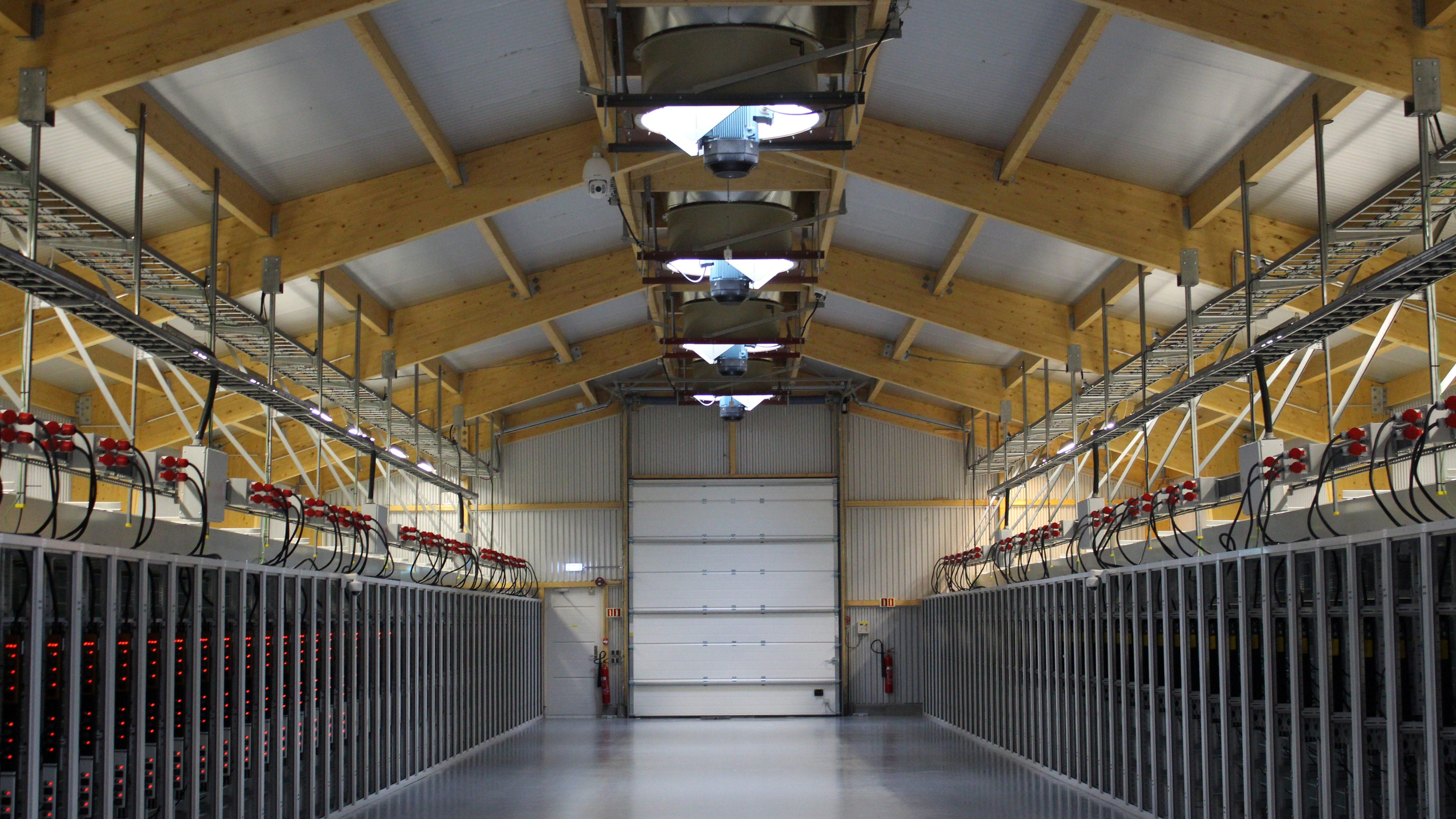An interior view of U.S. bitcoin mining company Bitfury's mining farm near Keflavik, Iceland, June 7, 2016. Picture taken June 7, 2016.