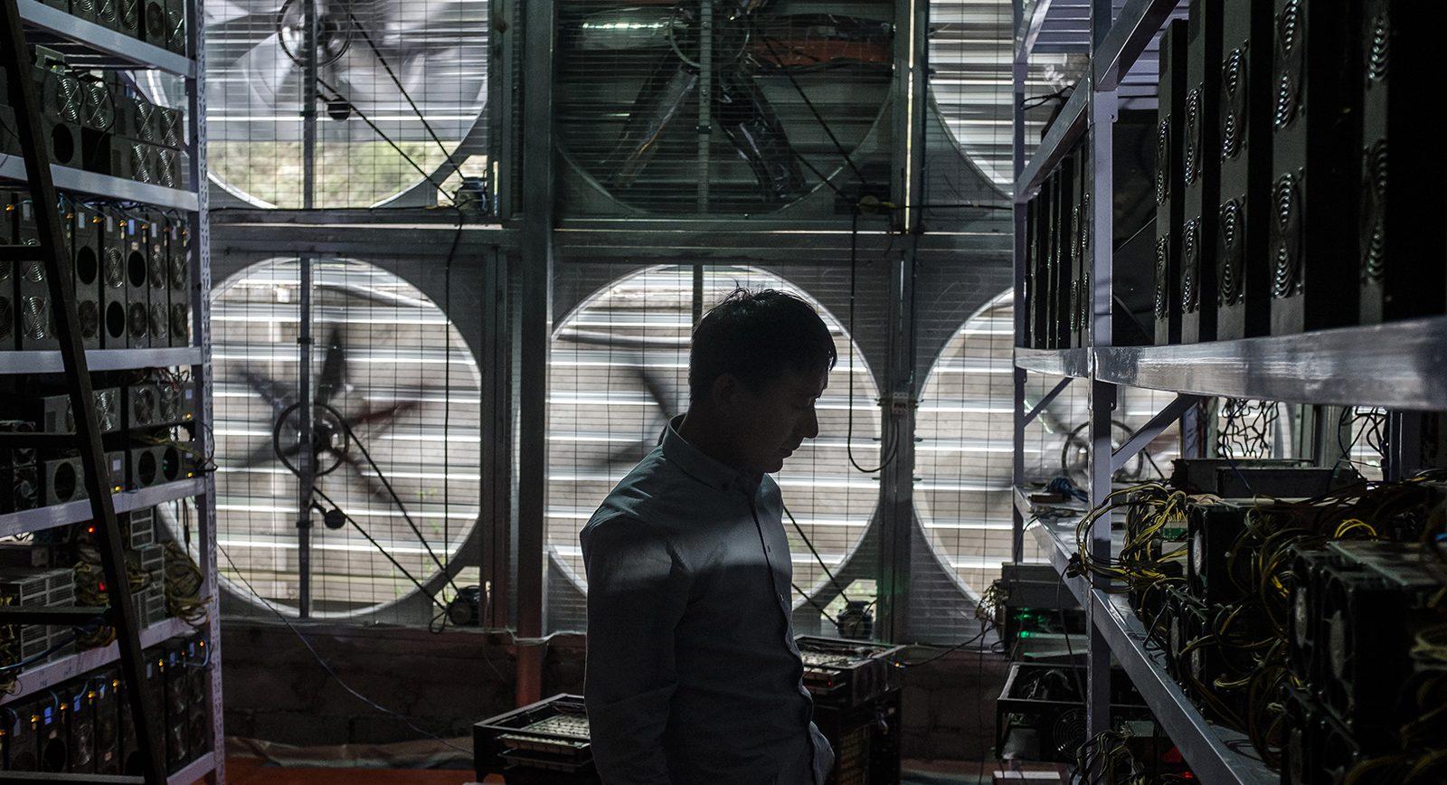 Photos China S Bitcoin Mines And Miners Quartz