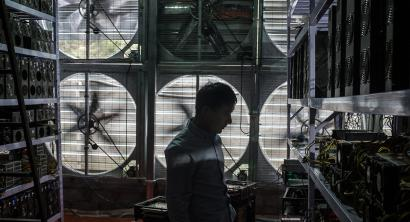 Photos: China's bitcoin mines and miners — Quartz