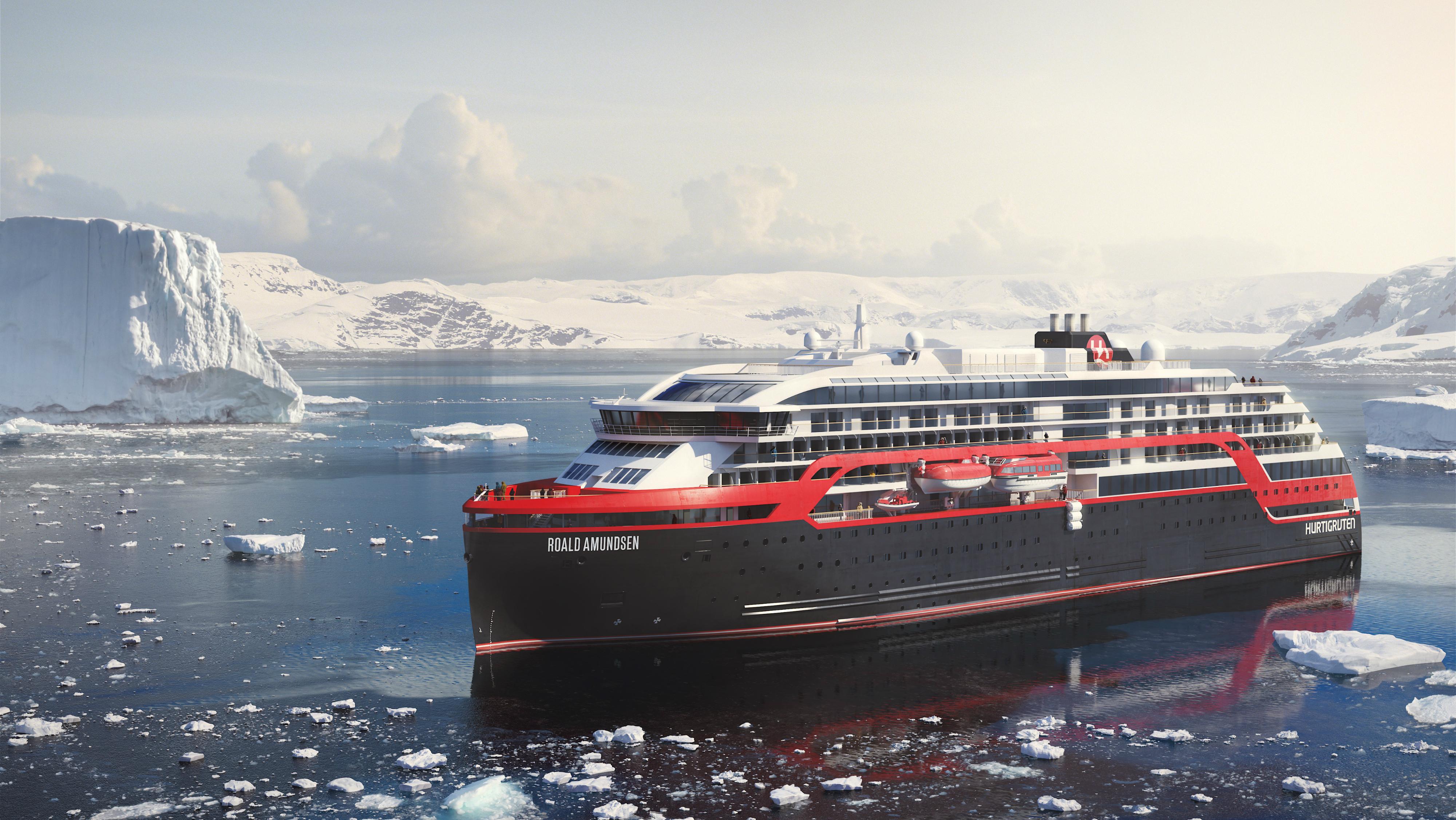 MS-Roald-Amundsen-HGR-113976