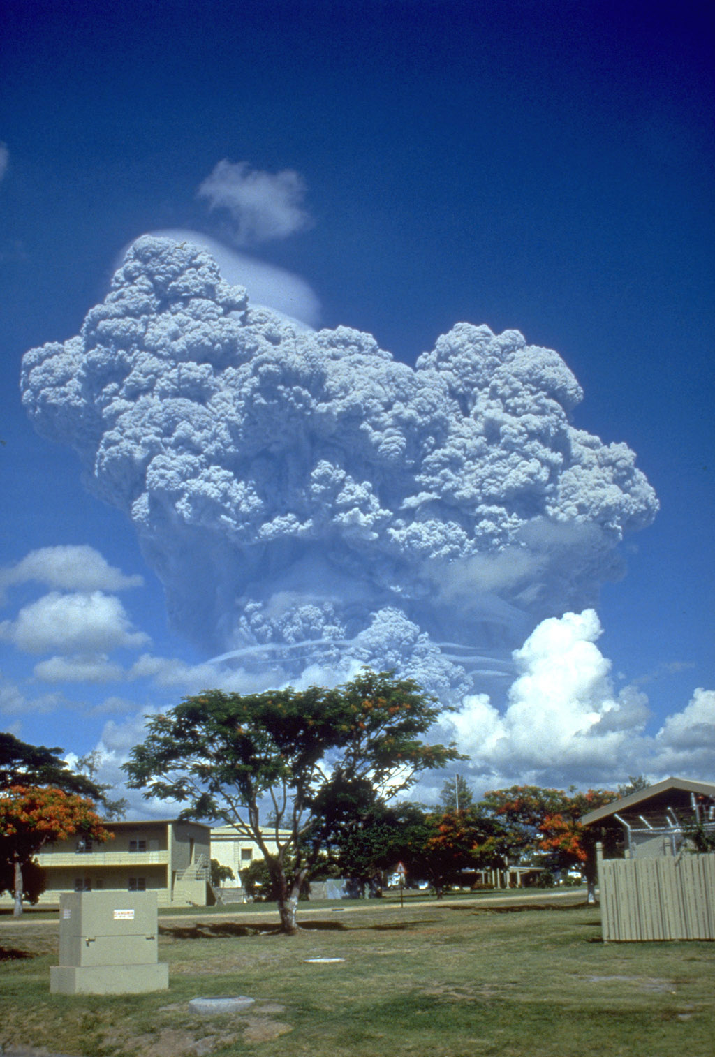 The Mount Pinatubo eruption as seen from Clark Air Base.