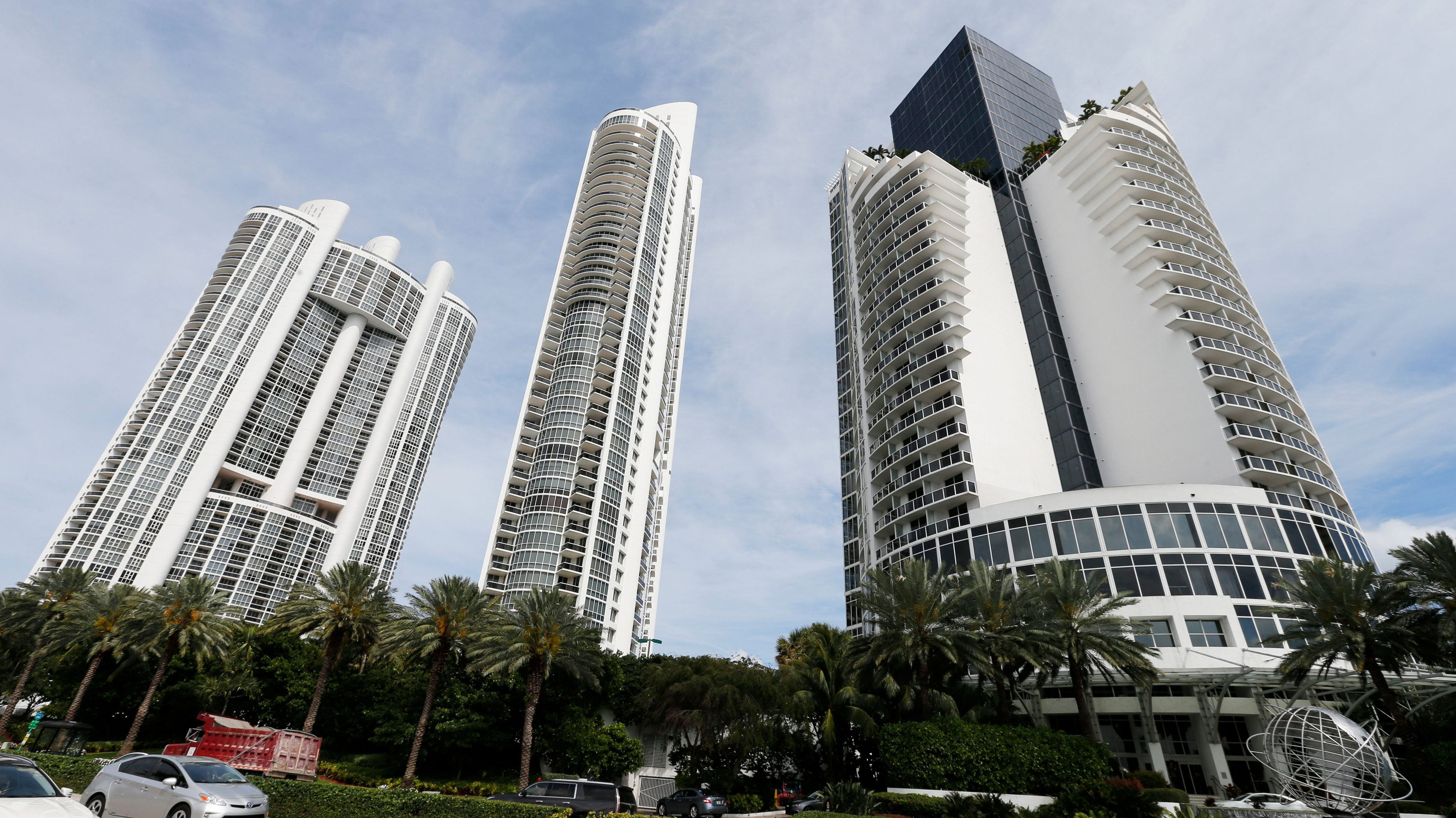 From left, the Trump Royale, The Trump Palace and the Trump International Beach Resort are shown in Sunny Isles Beach, Florida, U.S. March 13, 2017. Sunny Isles is a suburb of Miami.      To match Special Report USA-TRUMP/PROPERTY     REUTERS/Joe Skipper - RTX31IOC