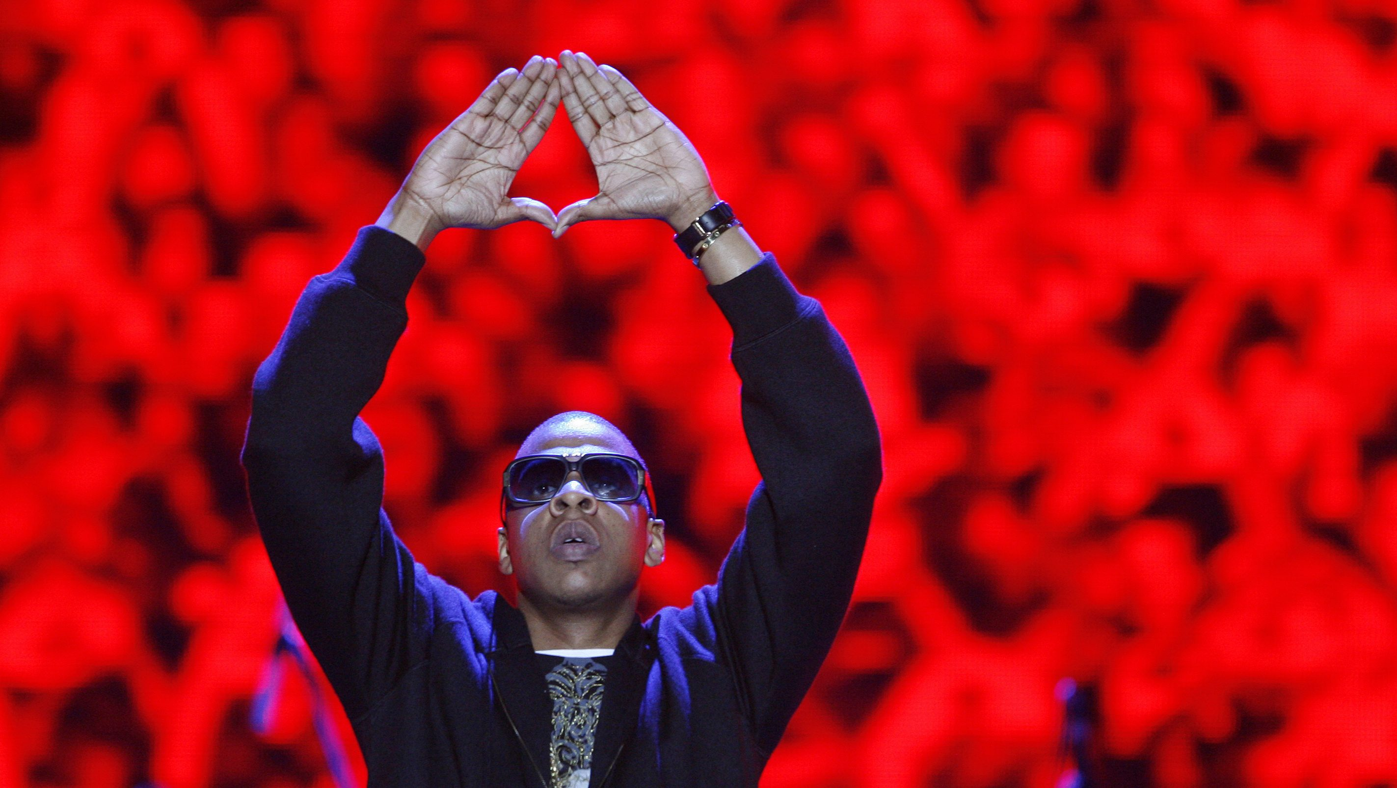 American rapper Jay-Z performs during the Heineken Open'er Festival in Gdynia, northern Poland, July 5, 2008. Picture taken July 5, 2008.  REUTERS/Kacper Pempel (POLAND) - RTX7OU1