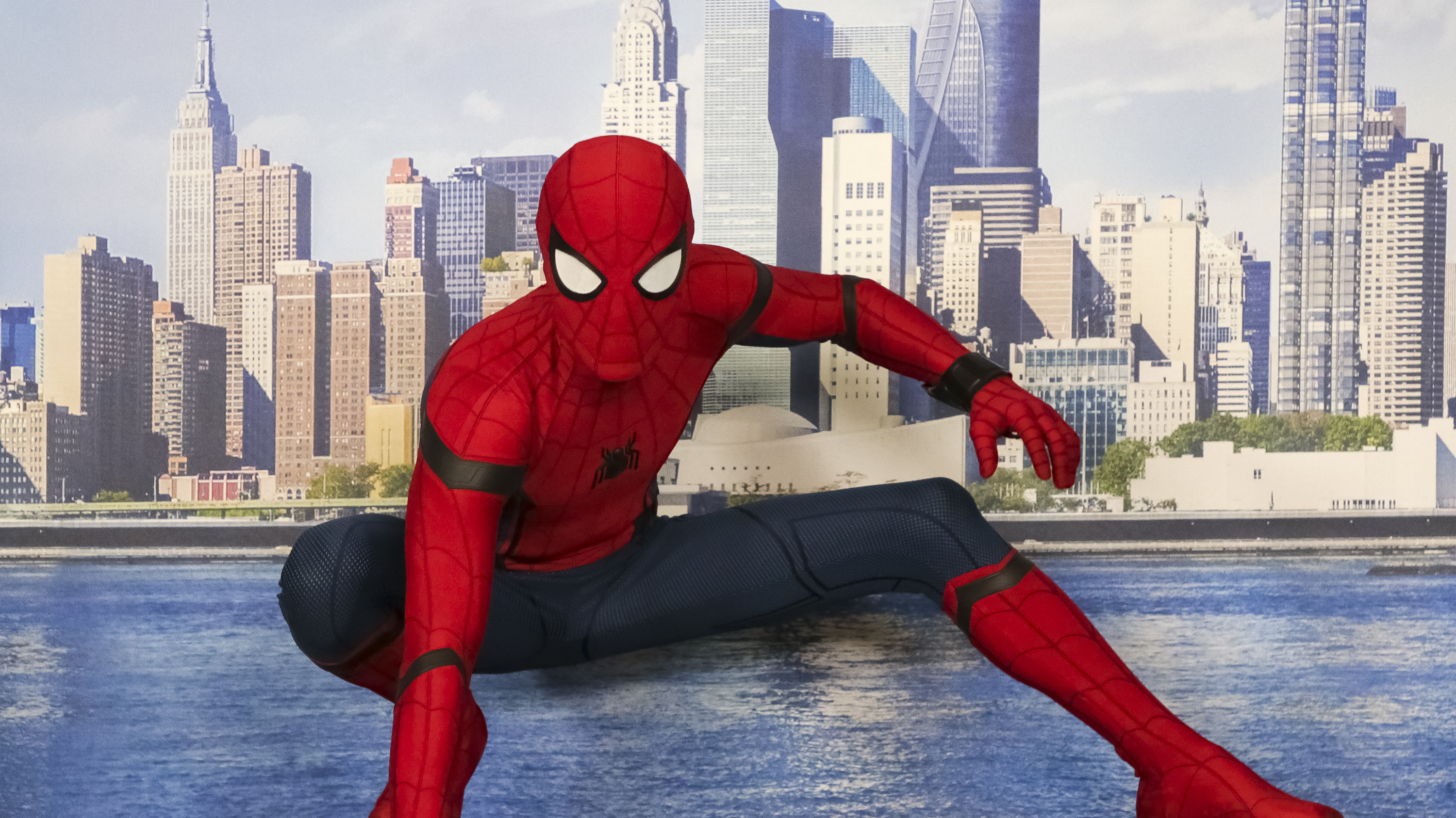 Spider man homecoming why easter eggs in superhero - Images spiderman ...