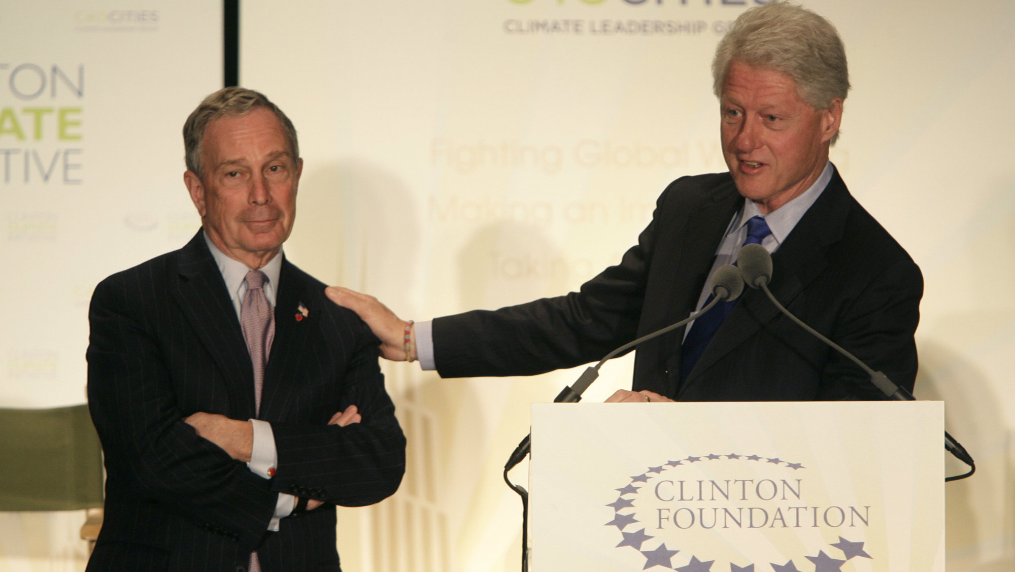 Former President Bill Clinton and former New York mayor Michael Bloomberg at a press conference