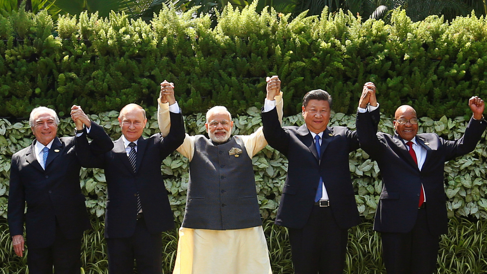 Brazil's President Michel Temer, Russian President Vladimir Putin, Indian Prime Minister Narendra Modi, Chinese President Xi Jinping and South African President Jacob Zuma pose for a group picture during BRICS (Brazil, Russia, India, China and South Africa) Summit in Benaulim, in the western state of Goa, India, October 16, 2016.