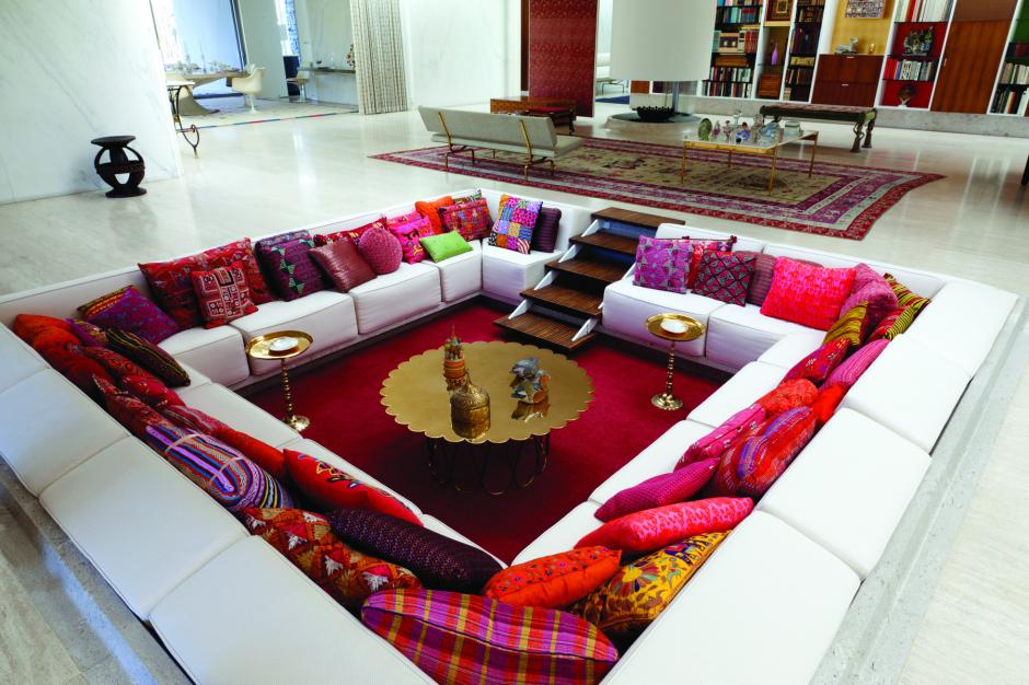 The Conversation Pit Is Making A Comeback Quartzy