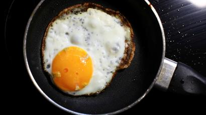 Are eggs bad for you? Hollywood vegans are trying to prove