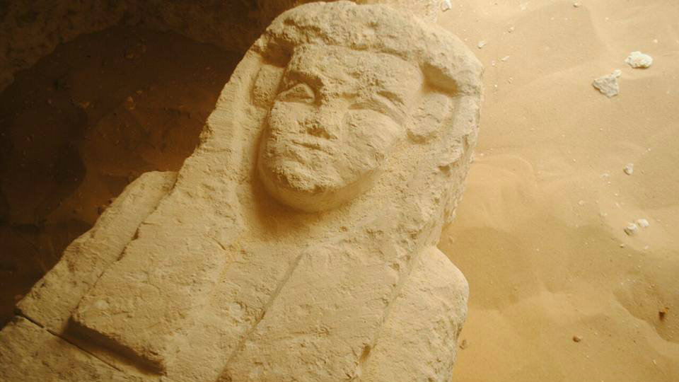 Egypt's ministry of antiquities discovered three tombs at an excavation site at Al-Kamin al-Sahrawi area in Minya, in the country's south.