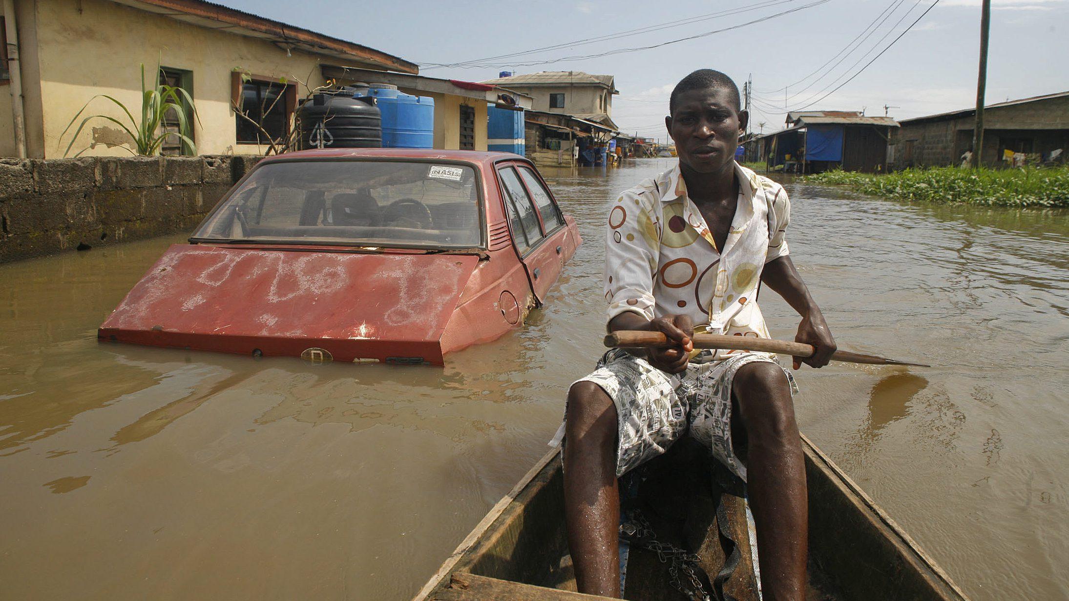 Floods displace 200 in Ajegunle, Nigeria